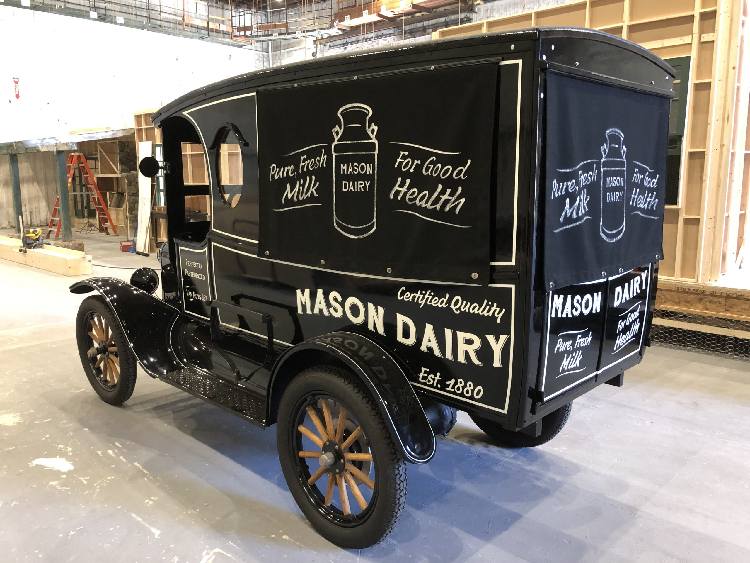perry mason milktruck ford model t prop car rear three-quarter