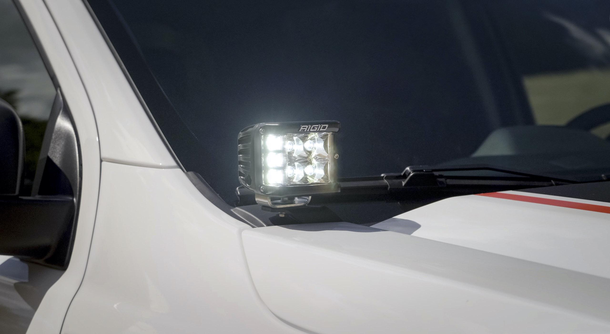 Ranger Tremor XLT rigid led cube light detail