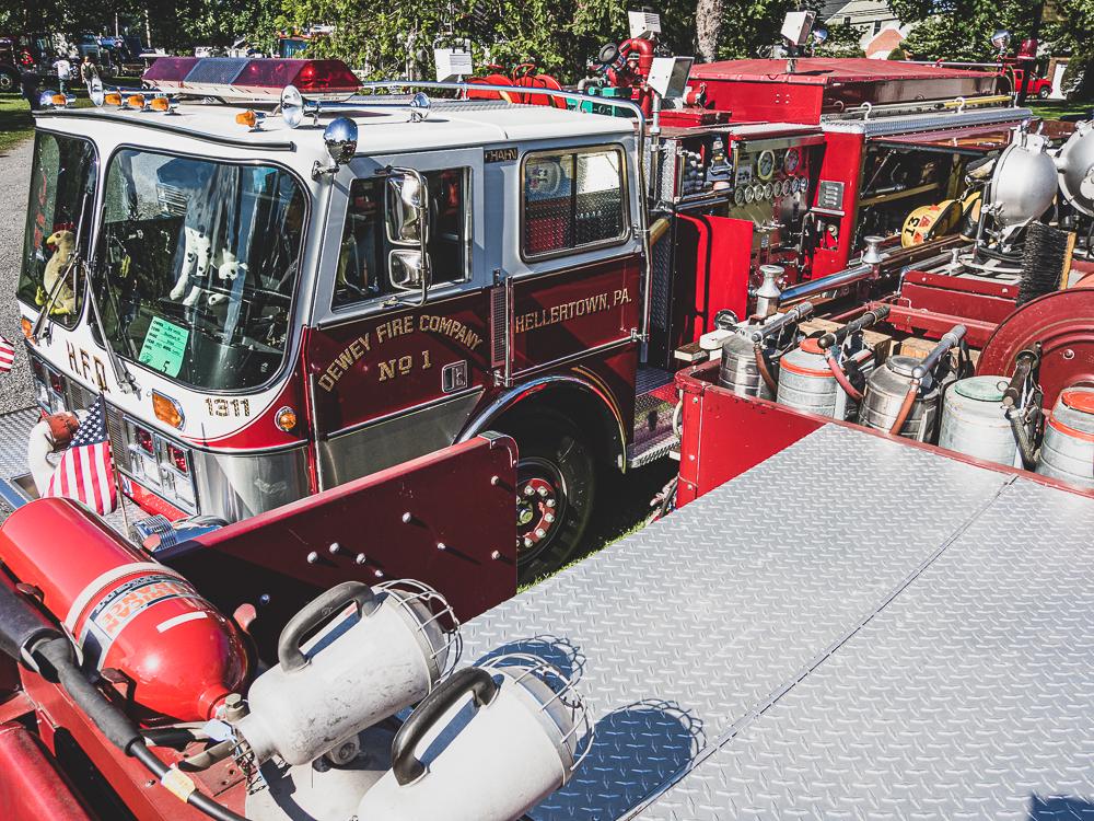 firetruck dewey fire company