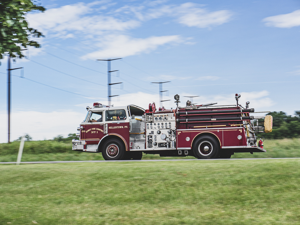 firetruck side profile road action