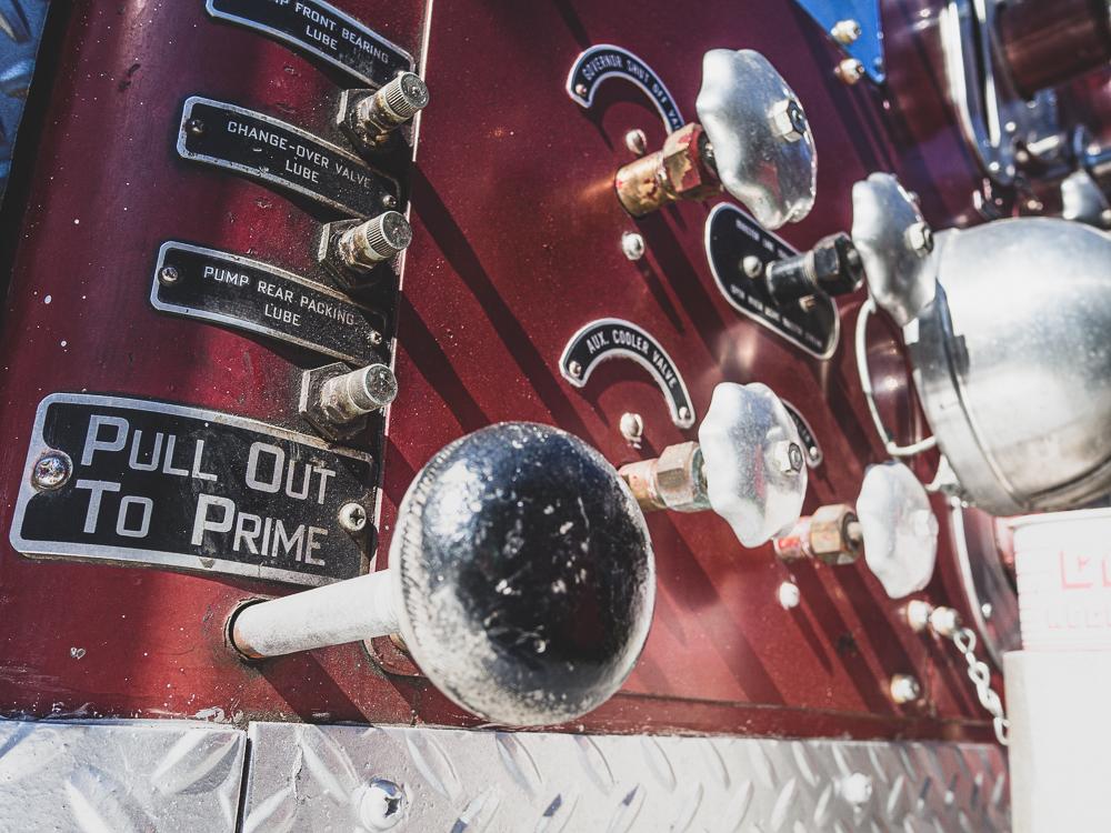 firetruck pumps and valves