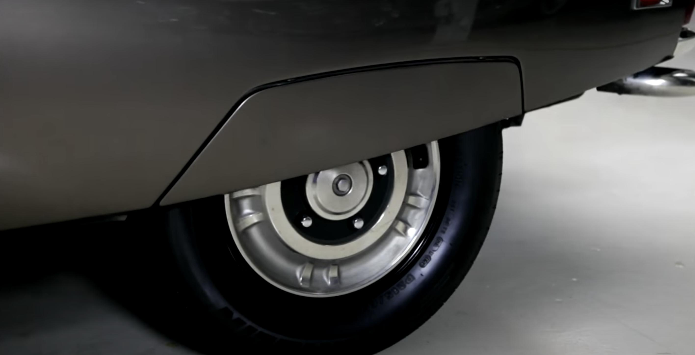 1972 Citroen SM Leno rear wheel high suspension