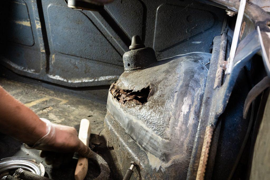 shock tower rear wheel well rust gap
