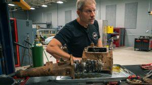 Chrysler transmission teardown. Snowball's 1937 racer returns! | Redline Update