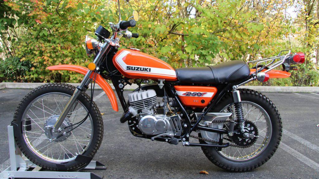 Suzuki TS250 side profile