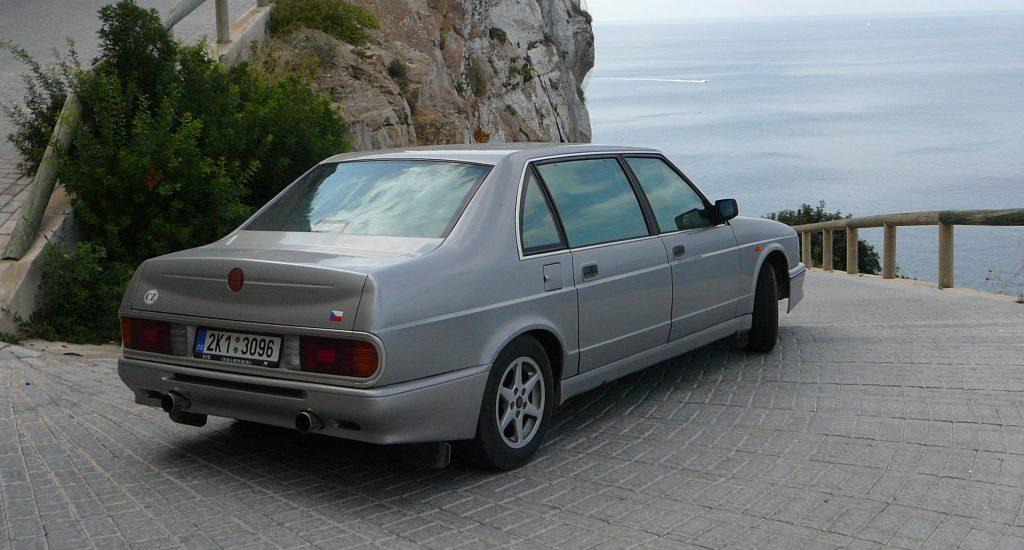 tatra 700 rear three-quarter
