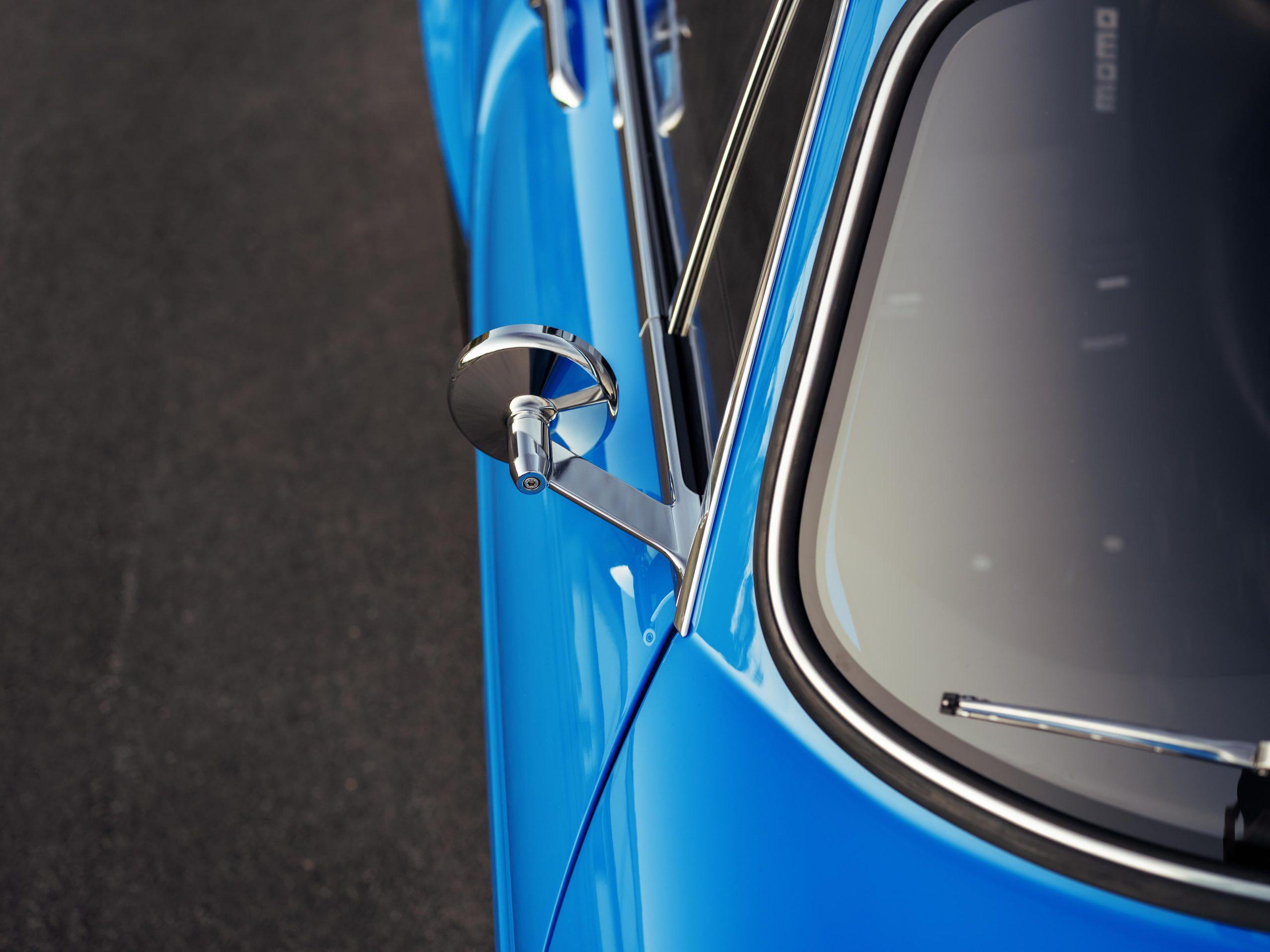 Volvo P1800 Cyan mirror detail