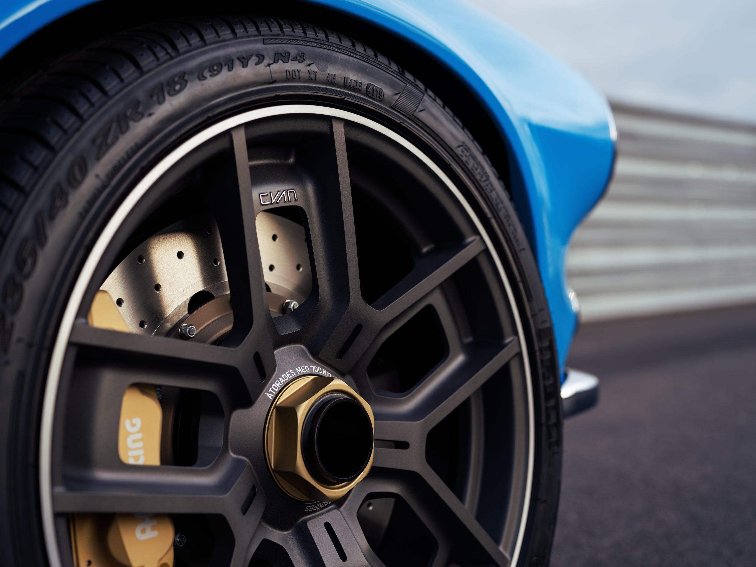Cyan Racing Volvo P1800 wheel detail