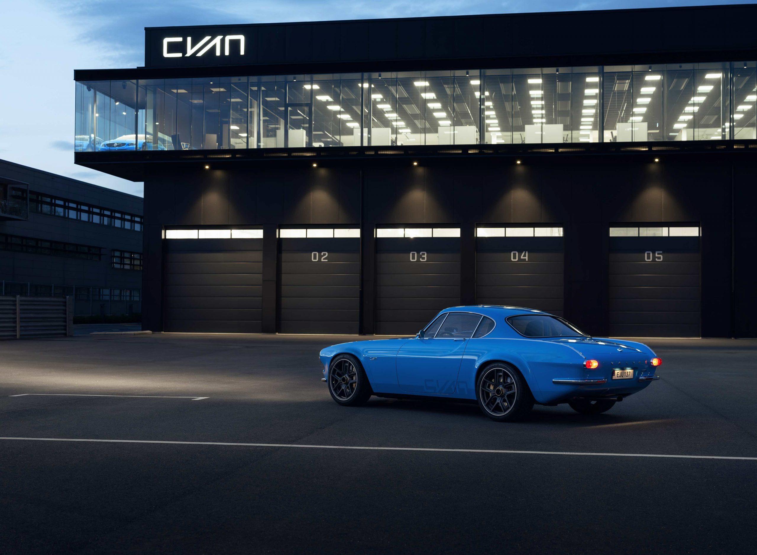 Volvo P1800 Cyan rear three-quarter