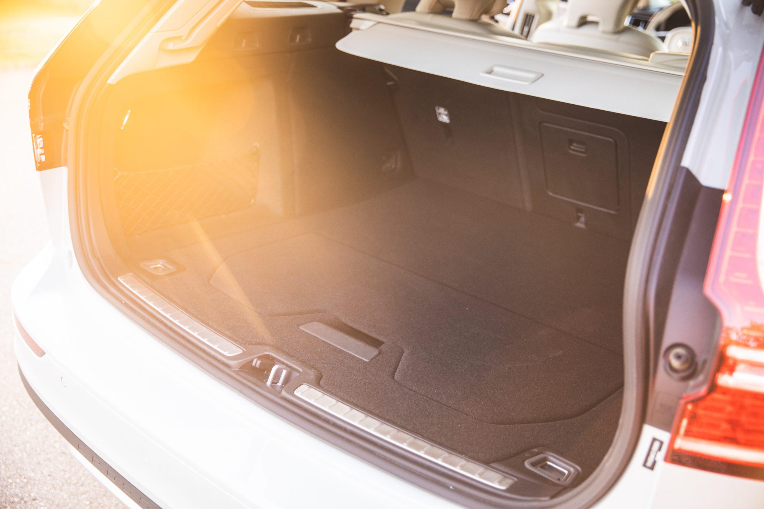 Volvo V60 Cross Country trunk hatchback wagon