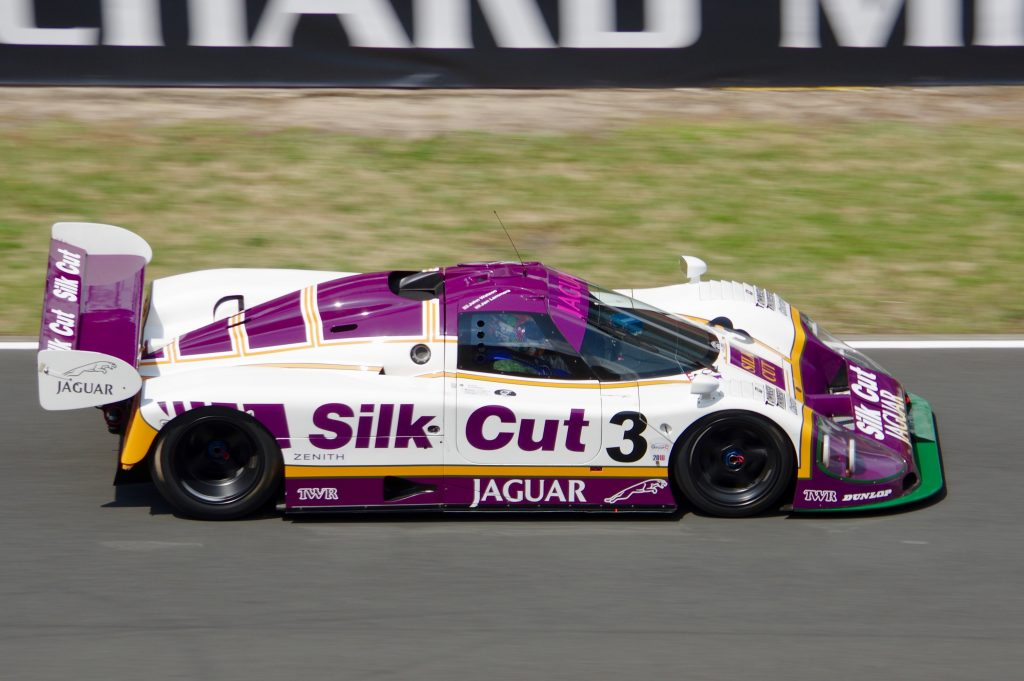 jaguar xjr silk cut side profile dynamic action