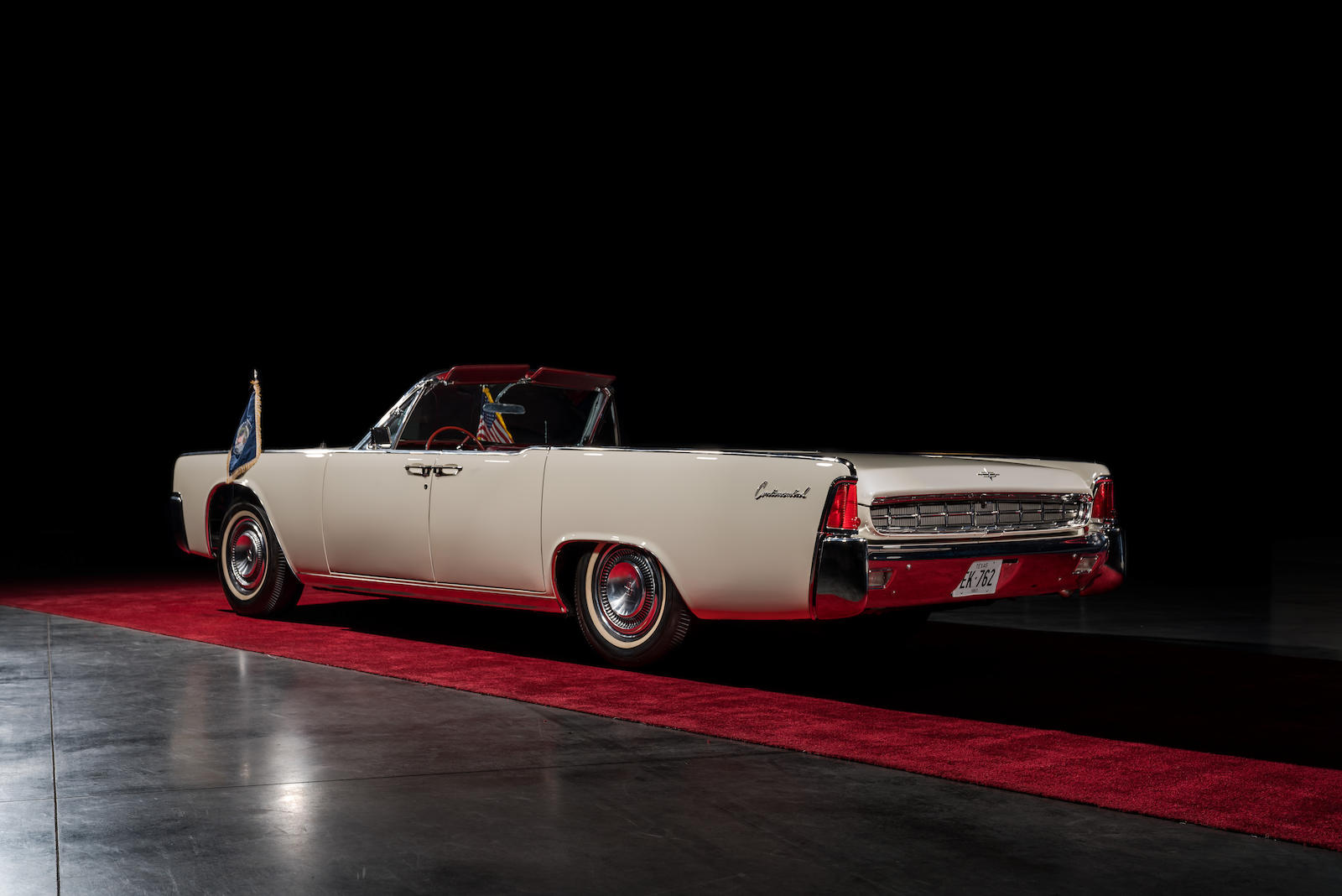 White 1963 Lincoln Limo One continental rear three-quarter