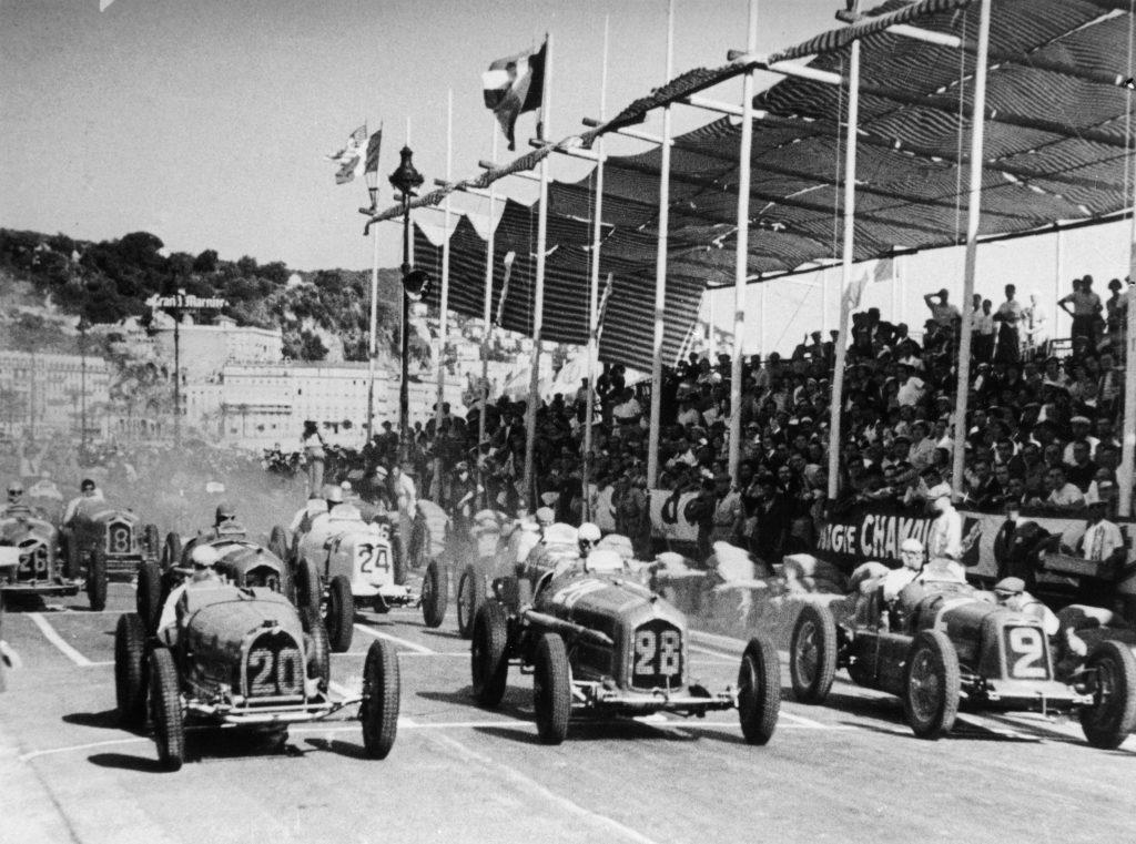 rene dreyfus driving car 20 starting line takeoff 1934 nice france grand prix