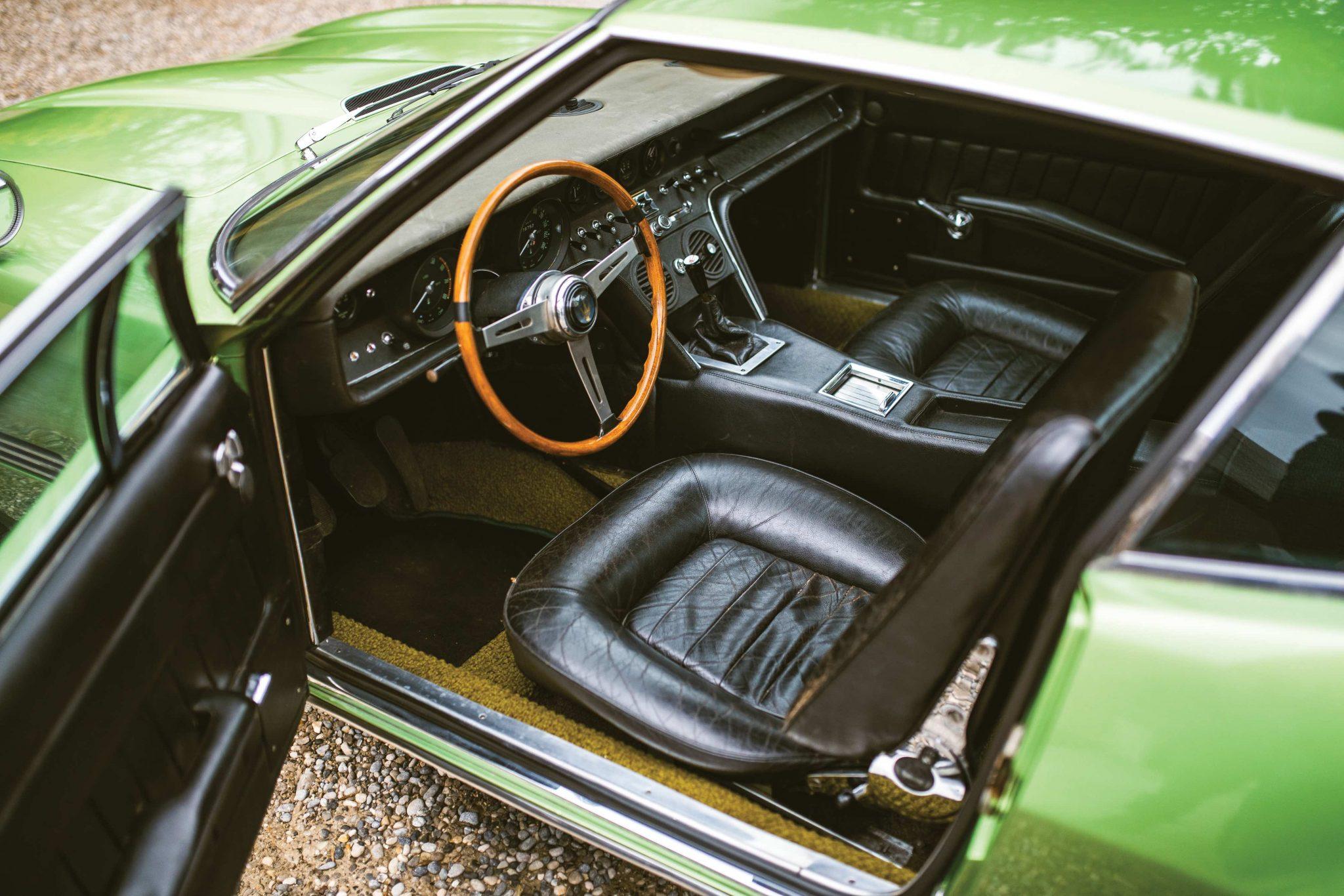 Maserati-Ghibli interior
