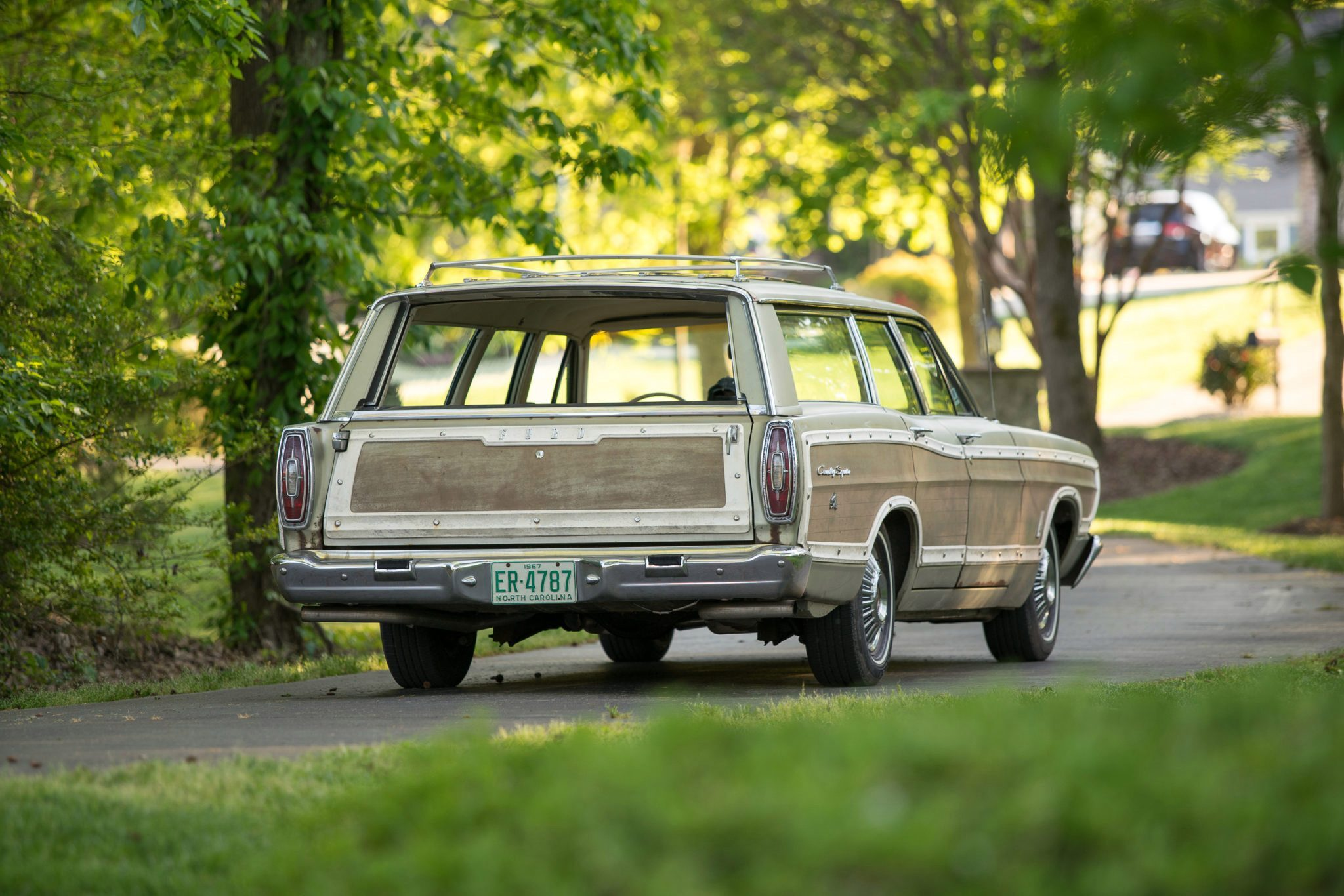 1967 Ford Country Squire Tom Cotter rear driving