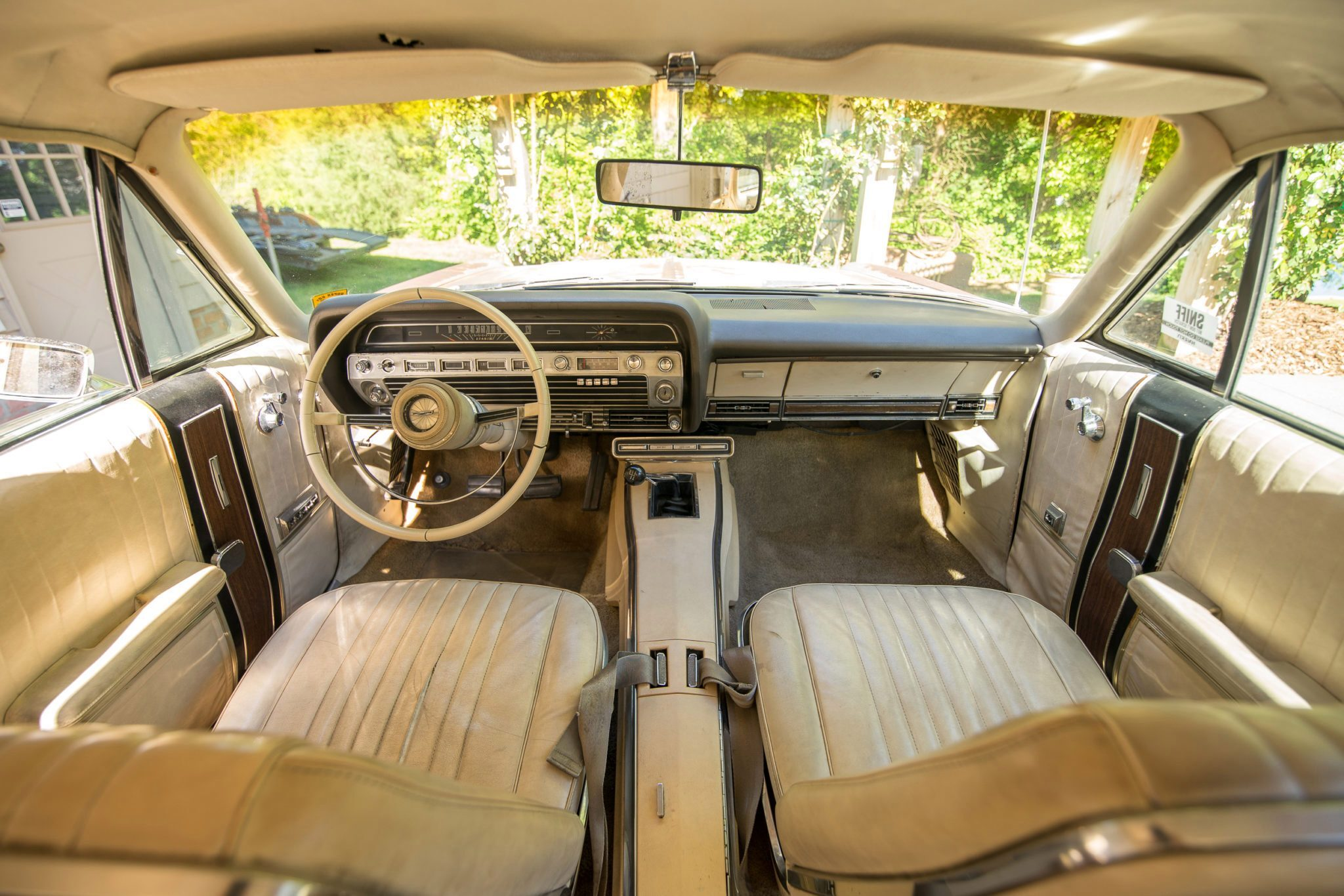 1967 Ford Country Squire Tom Cotter woodie wagon interior