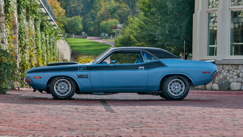 1970 Challenger T A profile