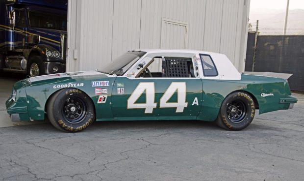 1982_oldsmobile_cutlass profile BaT