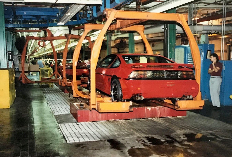 1988 pontiac fiero gt assembly line