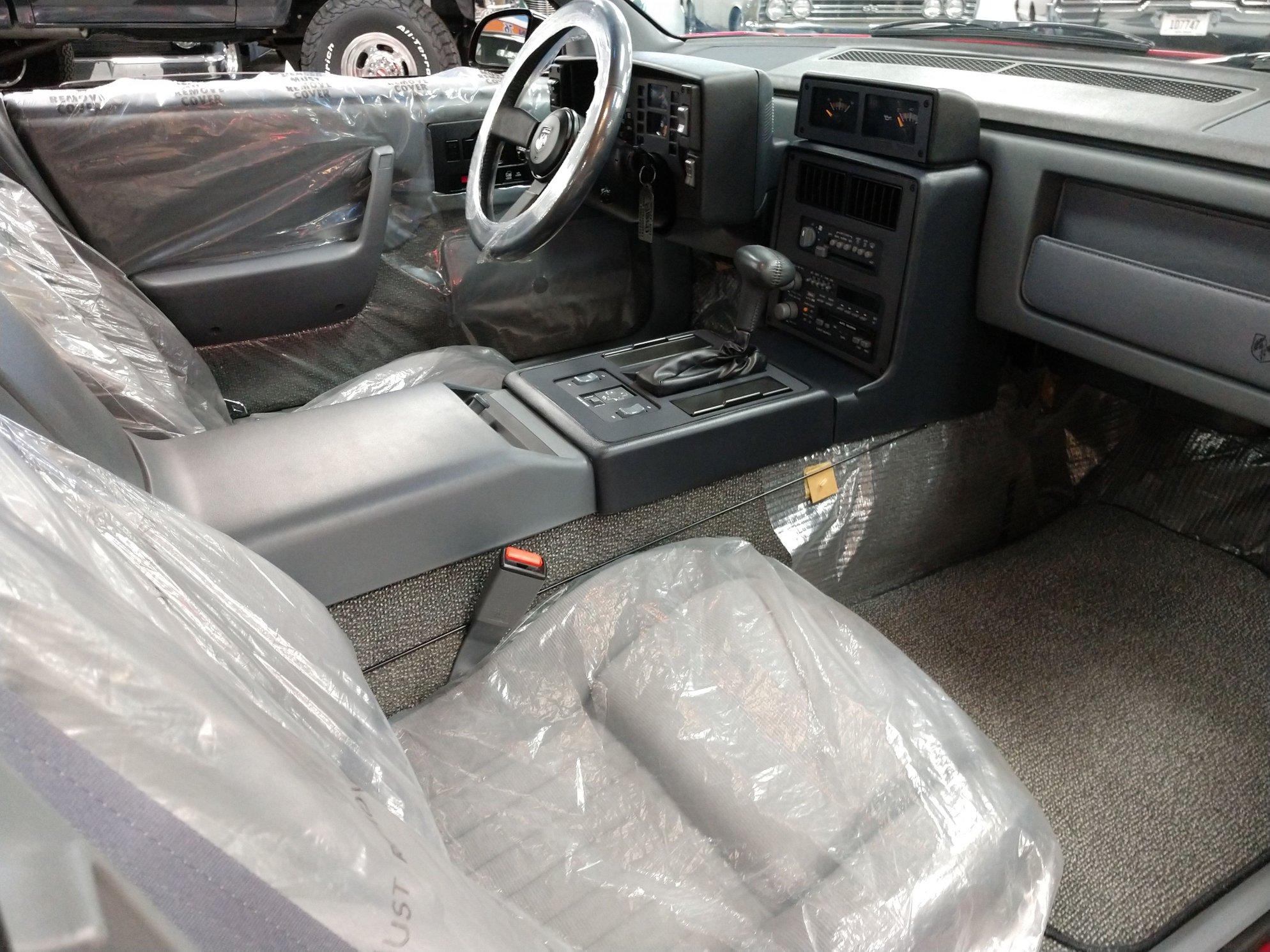 1988 pontiac fiero gt front interior