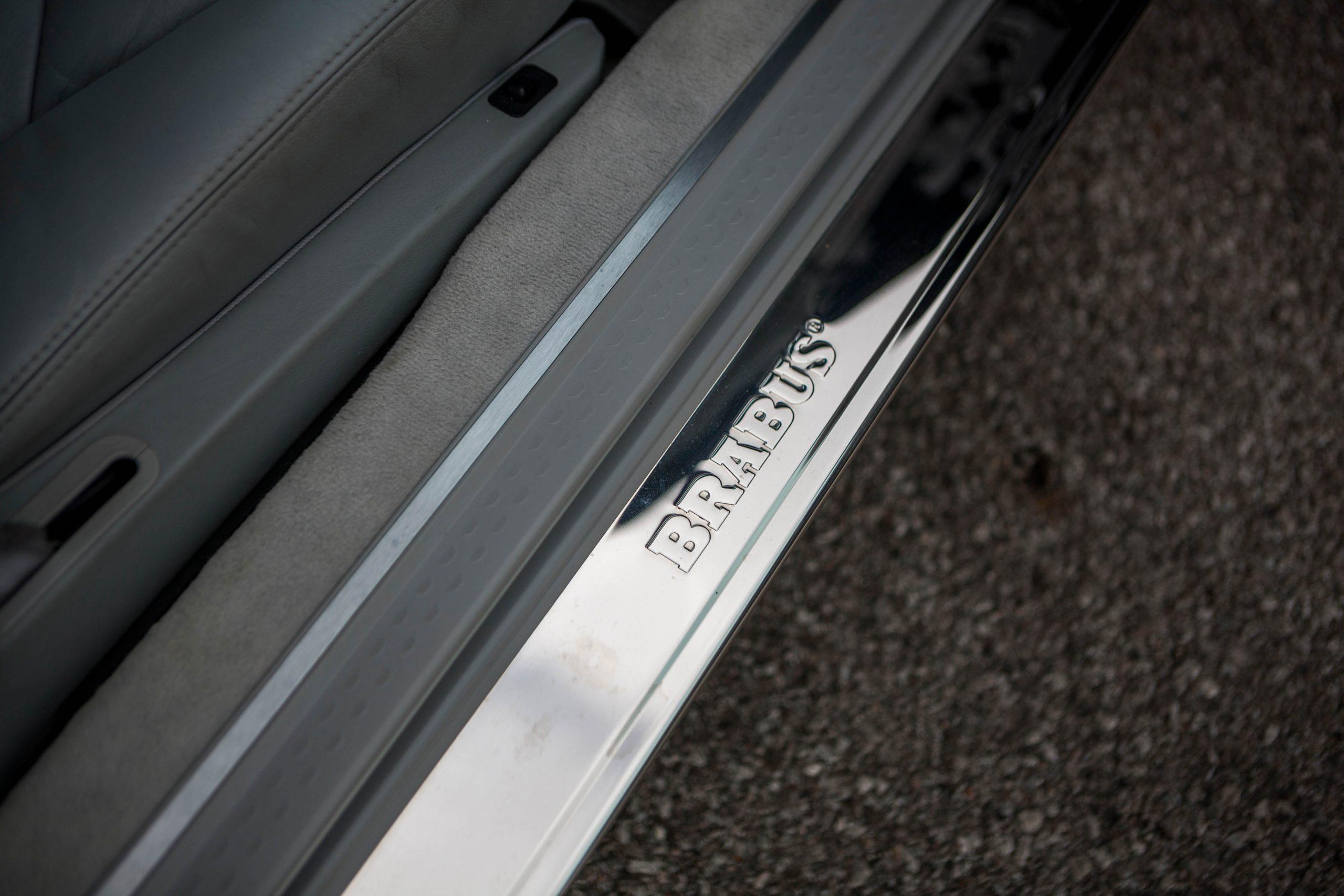 1999 Mercedes-Benz Brabus 7.3 S sill