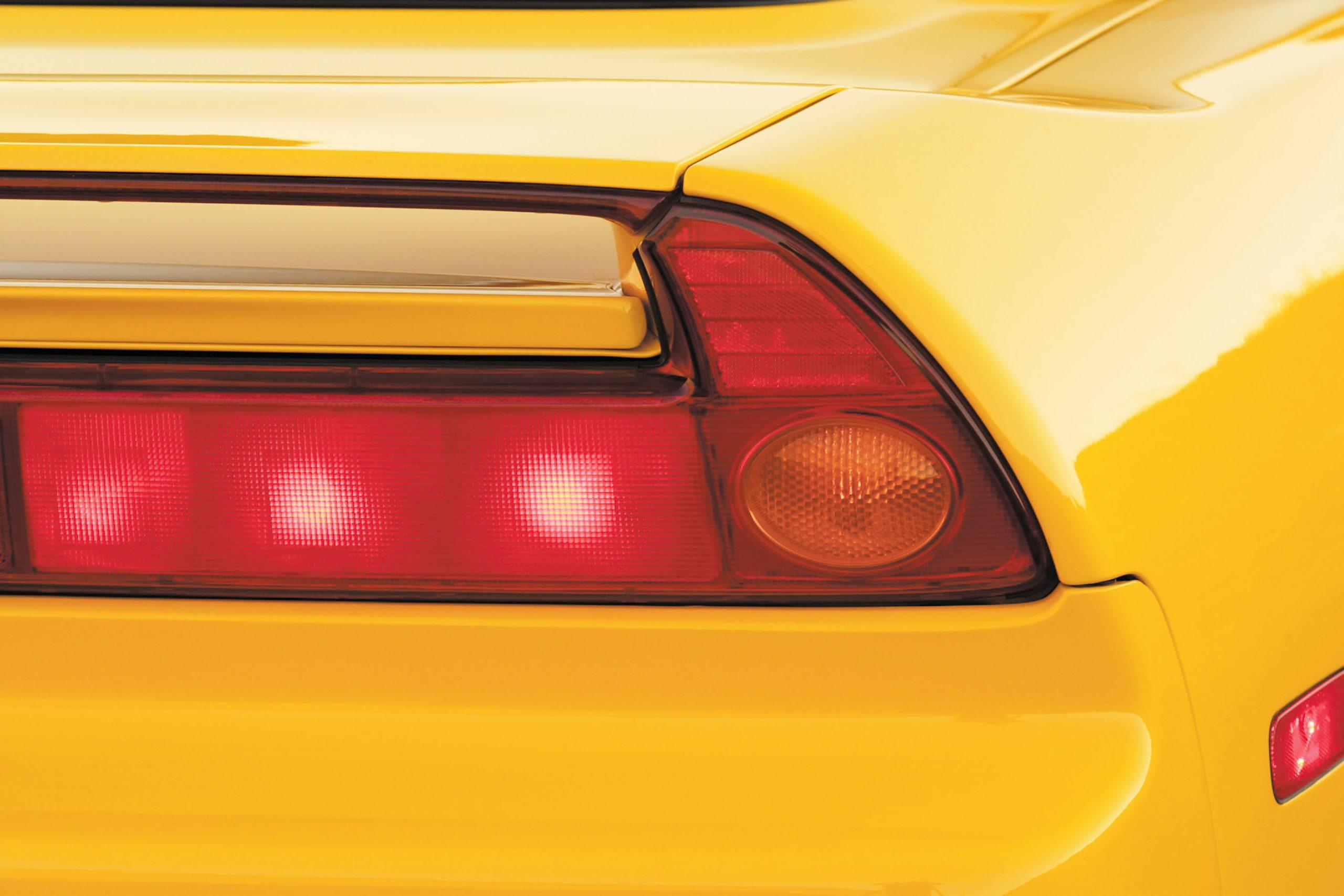 2002 Acura NSX taillight