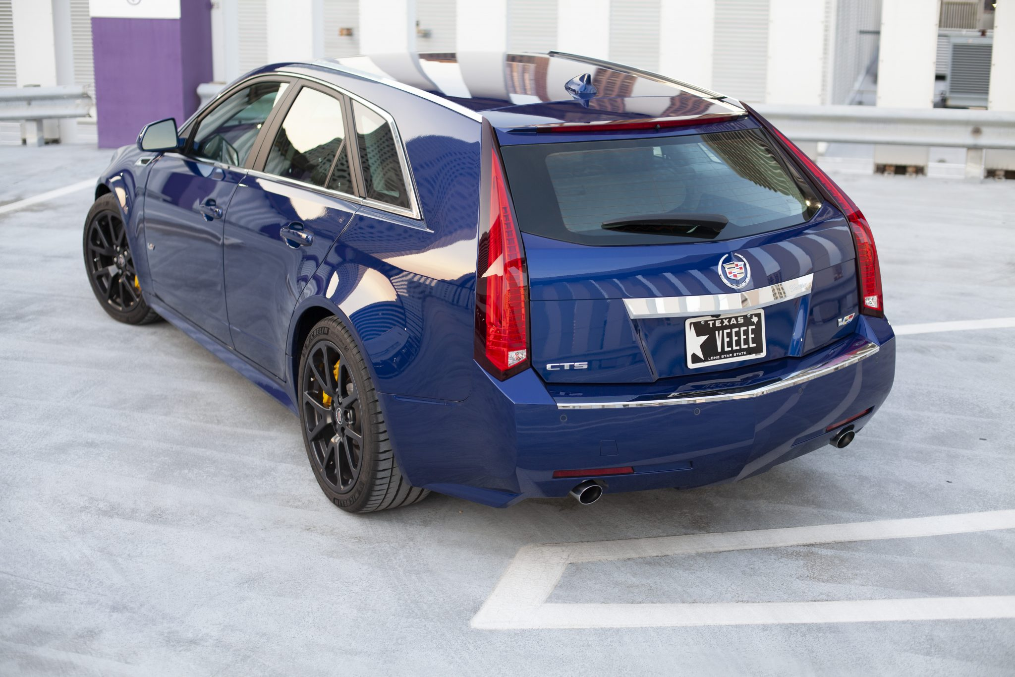 2012 Cadillac CTS-V Wagon rear three-quarter