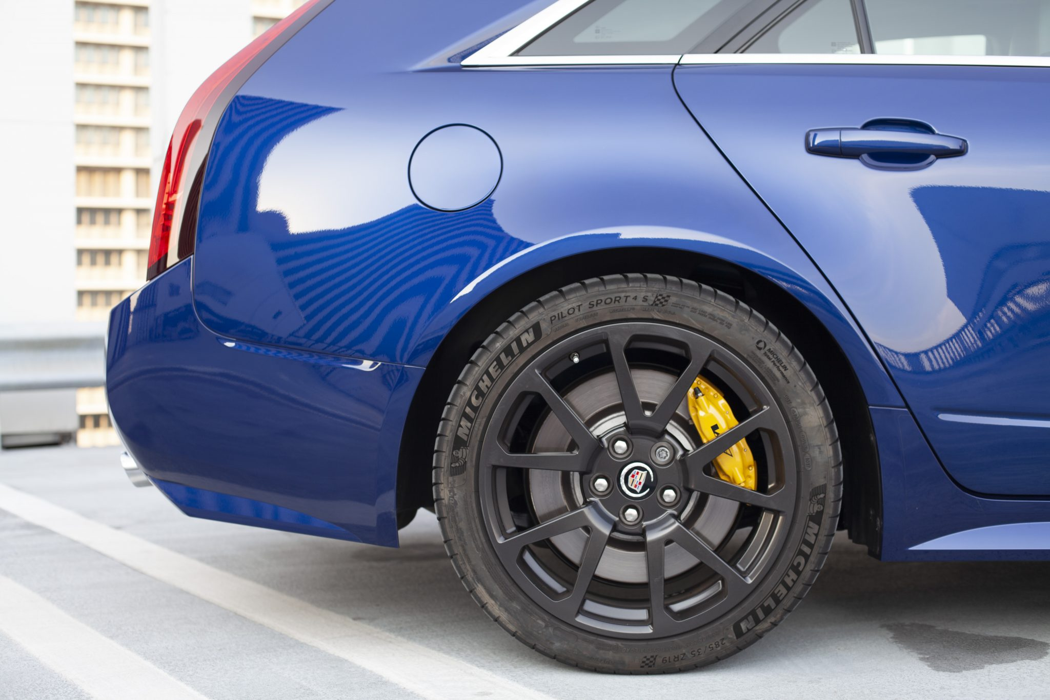 2012 Cadillac CTS-V Wagon rear wheel