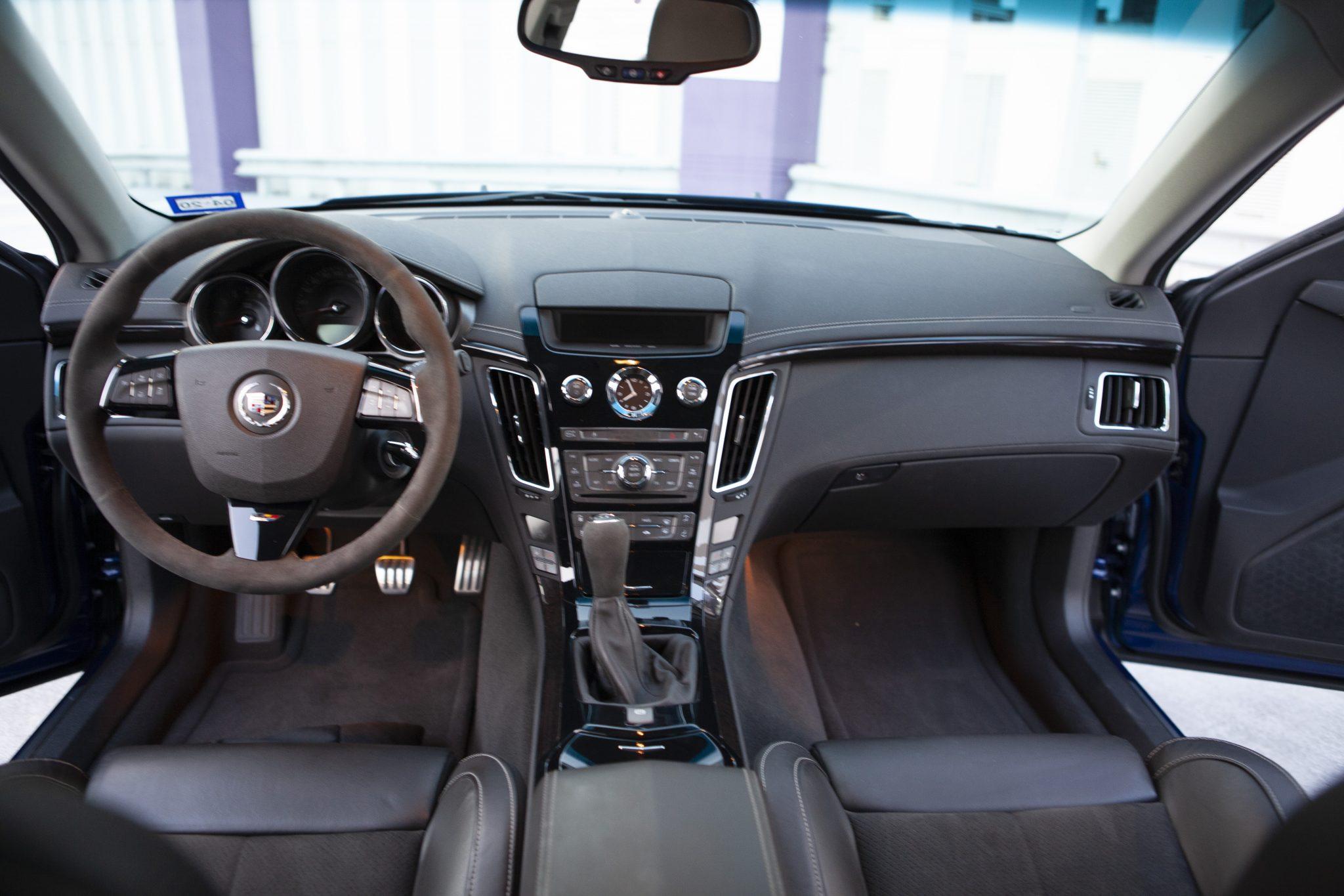 2012 Cadillac CTS-V Wagon interior front