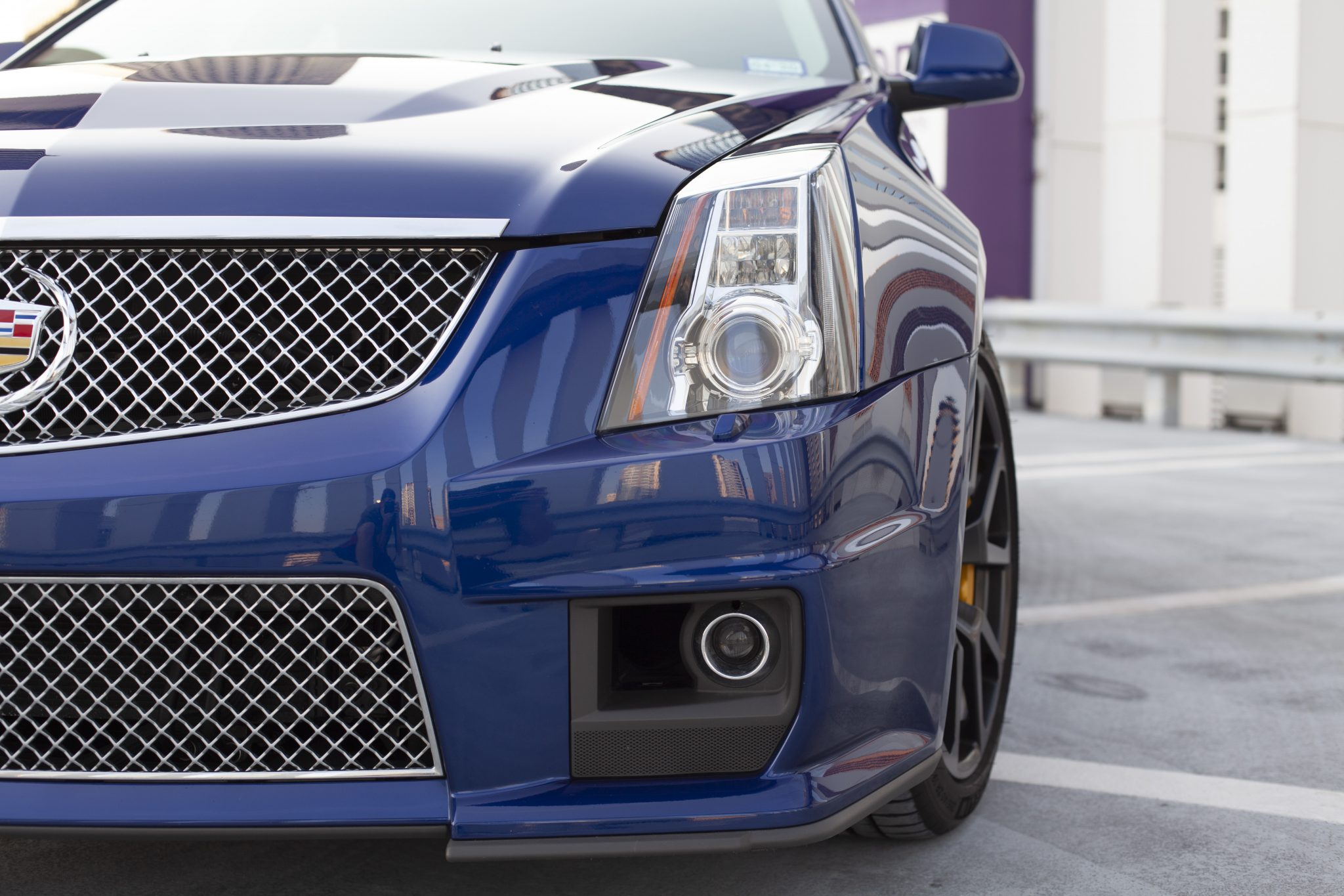 2012 Cadillac CTS-V Wagon headlight