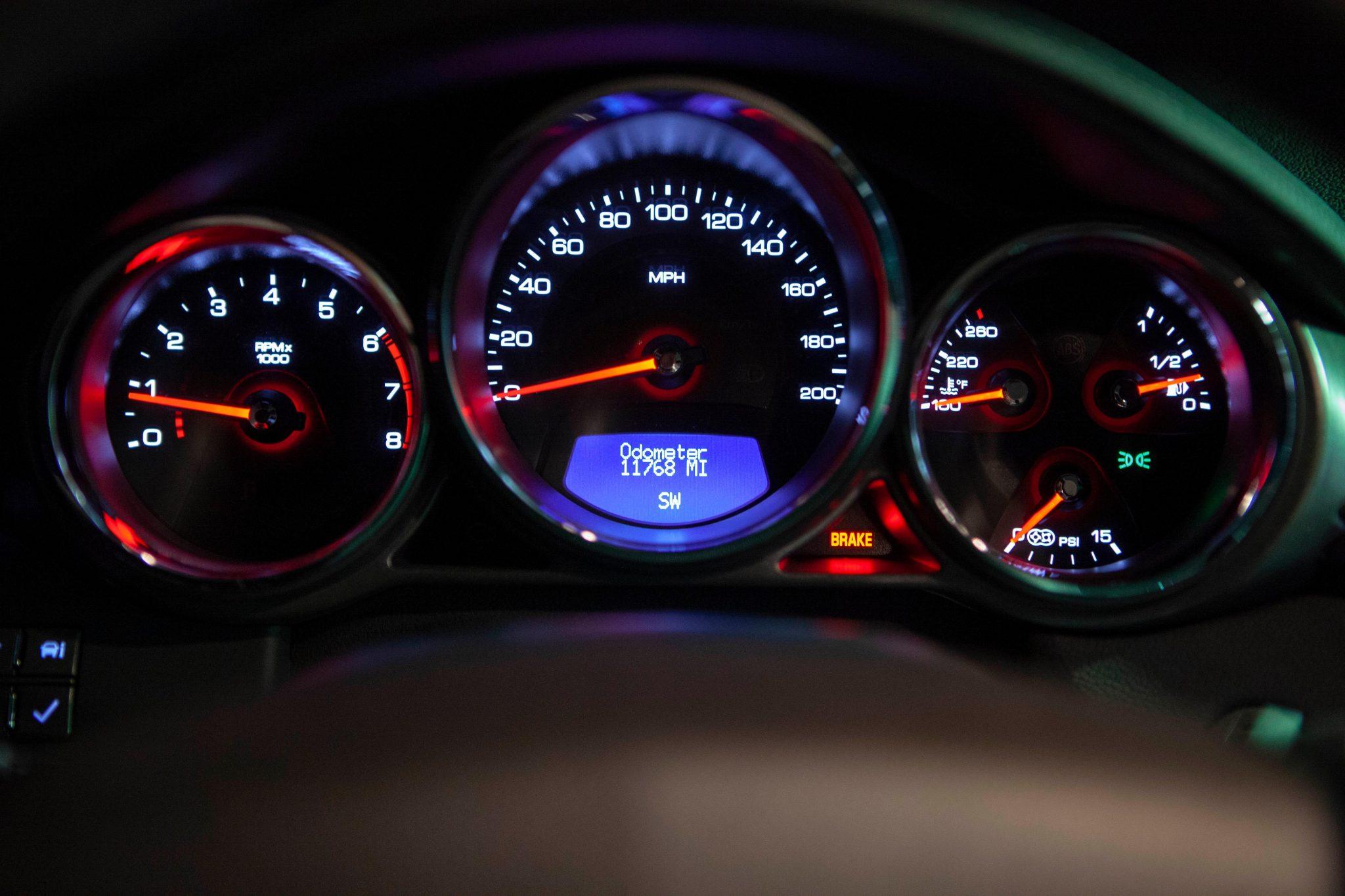 2012 Cadillac CTS-V Wagon dash gauges