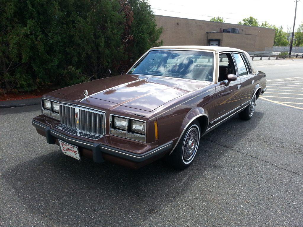1984 Pontiac Bonneville