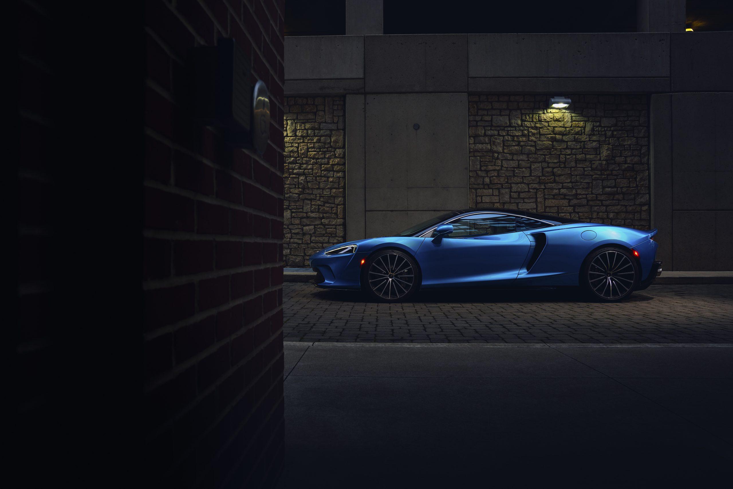 2020-McLaren-GT_Trahan_0680 profile