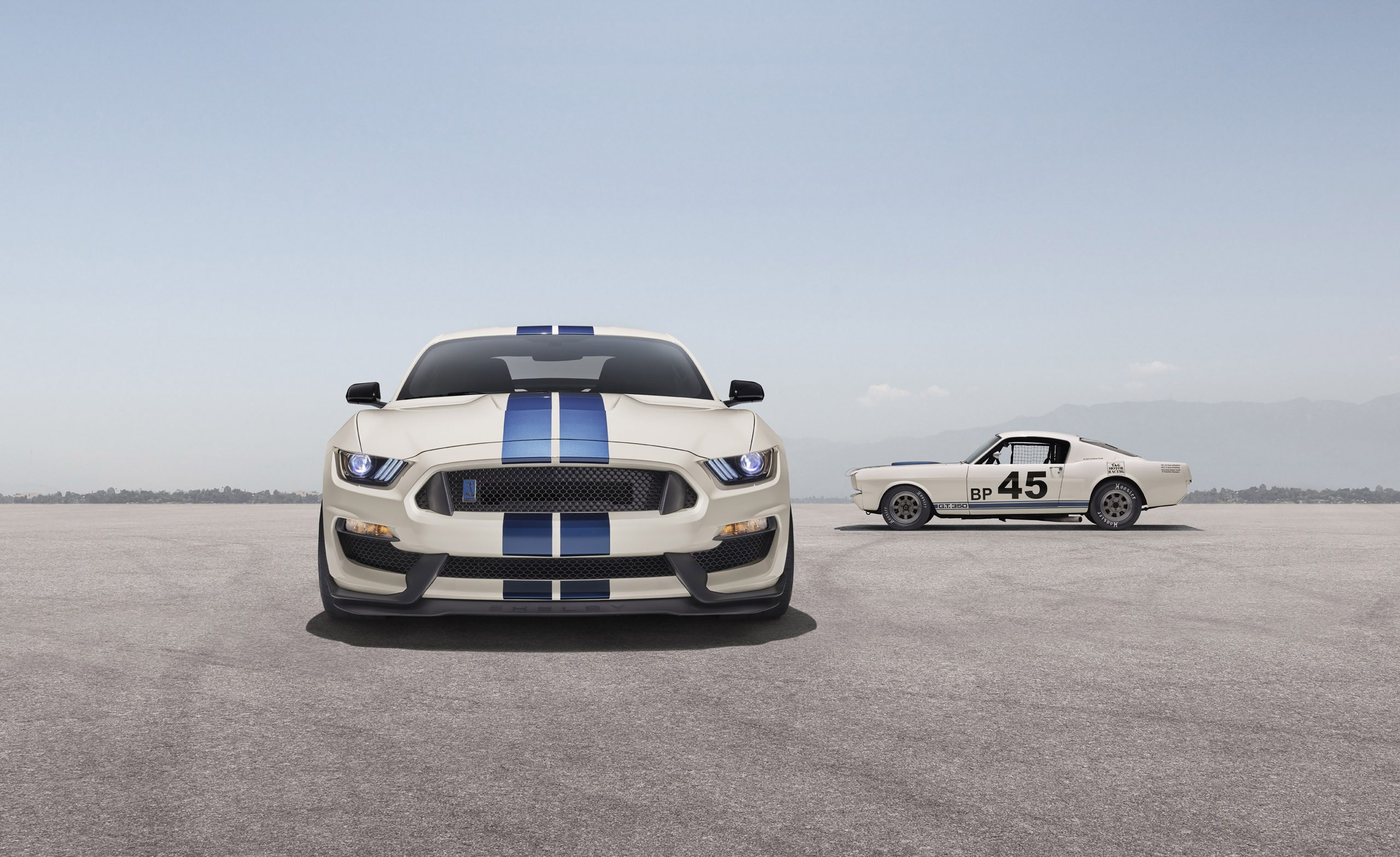 2020 Ford GT350R Heritage Edition Package with classic