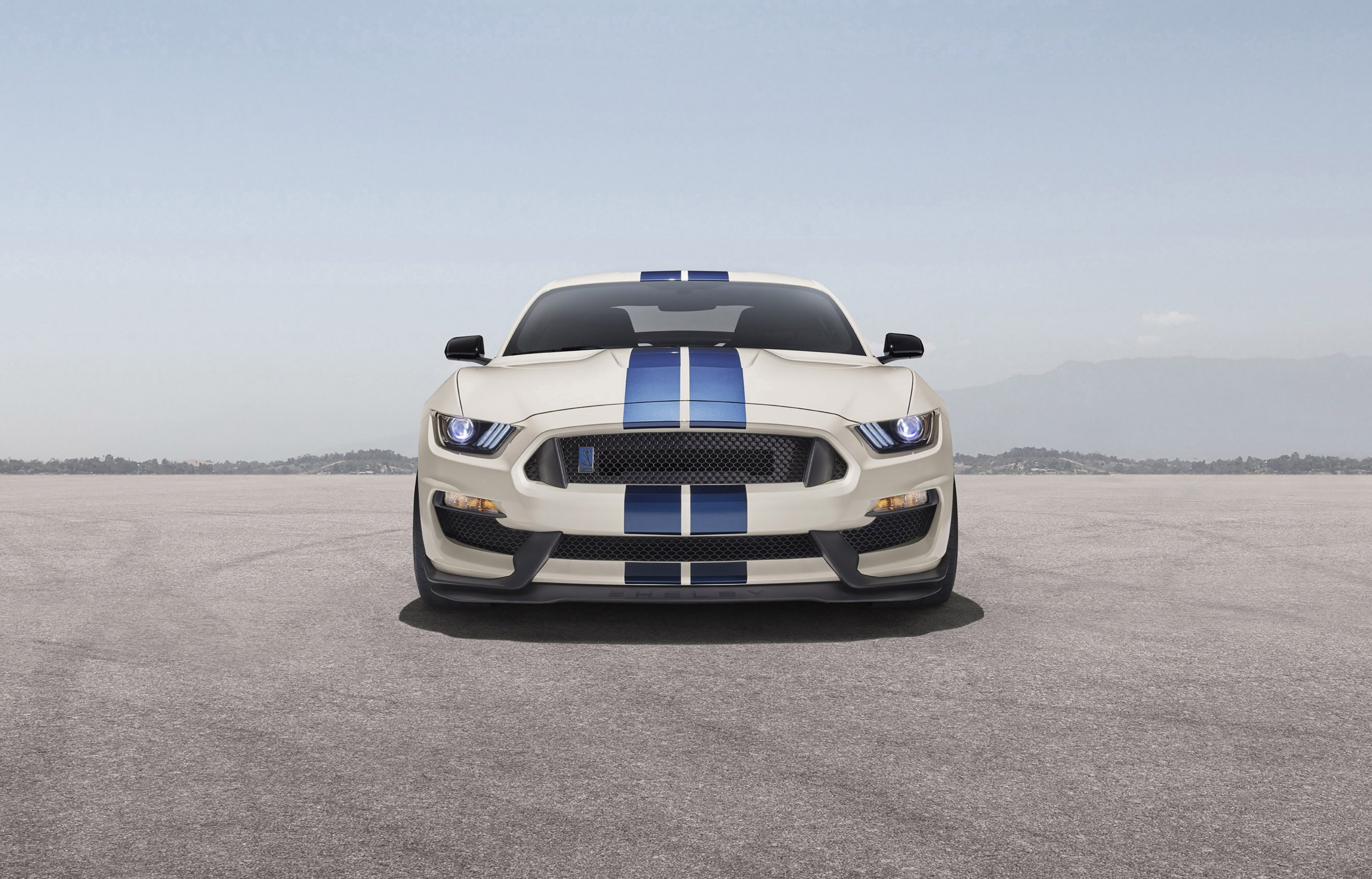 2020 Ford GT350R Heritage Edition Package front