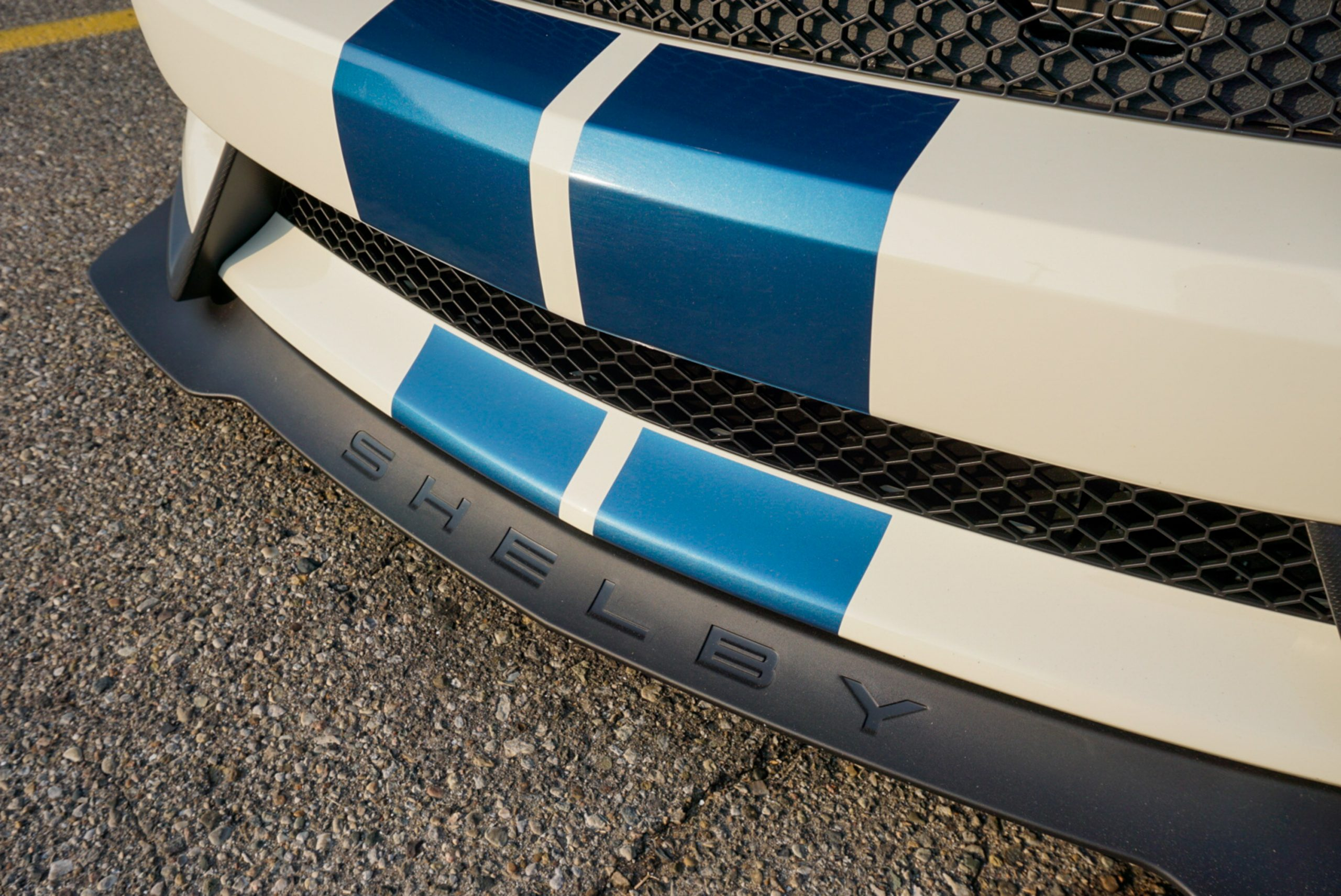 2020-Shelby-GT350R-Heritage-Edition-EW2-spoiler front