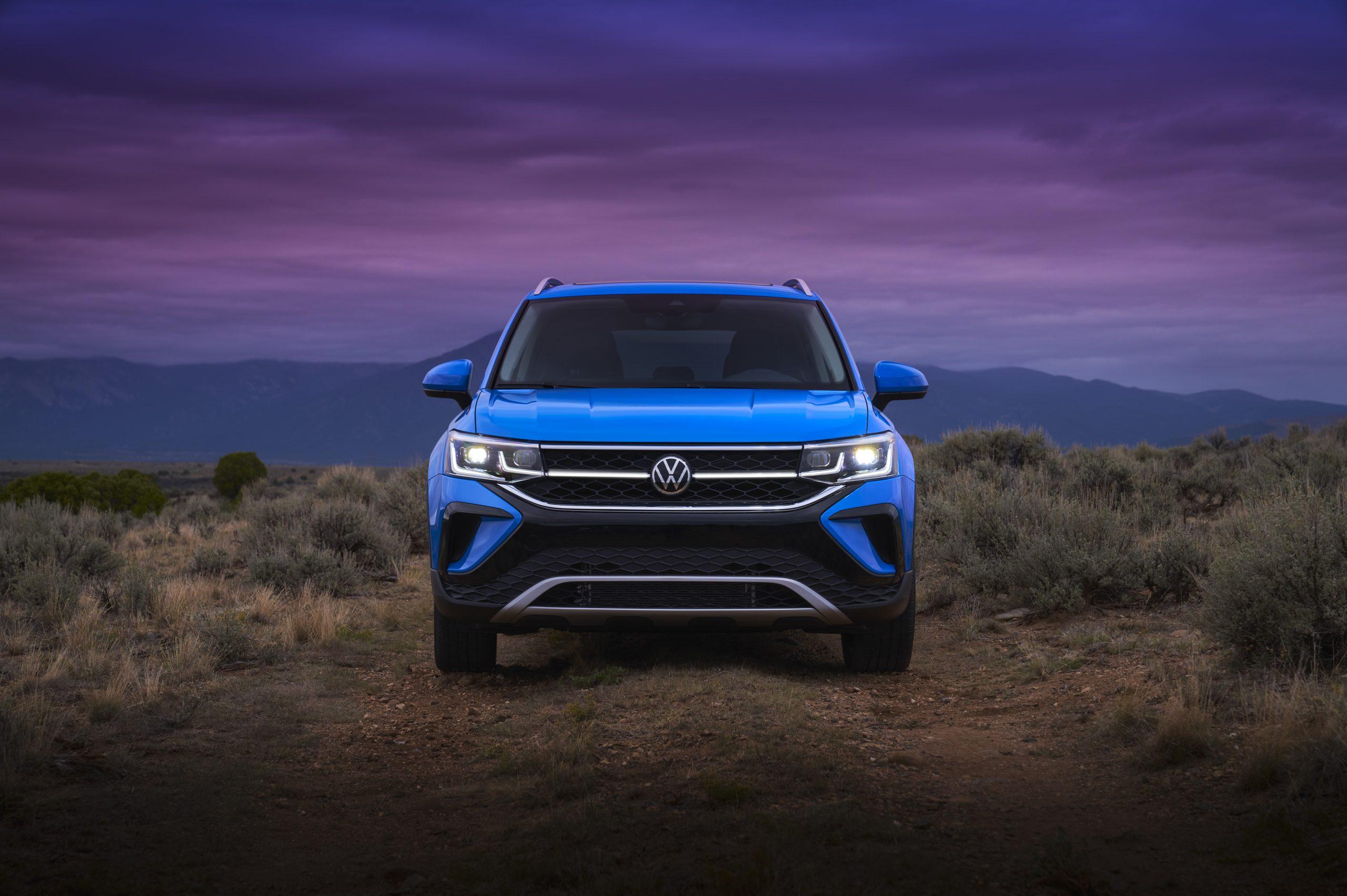 2022 Volkswagen Taos static front