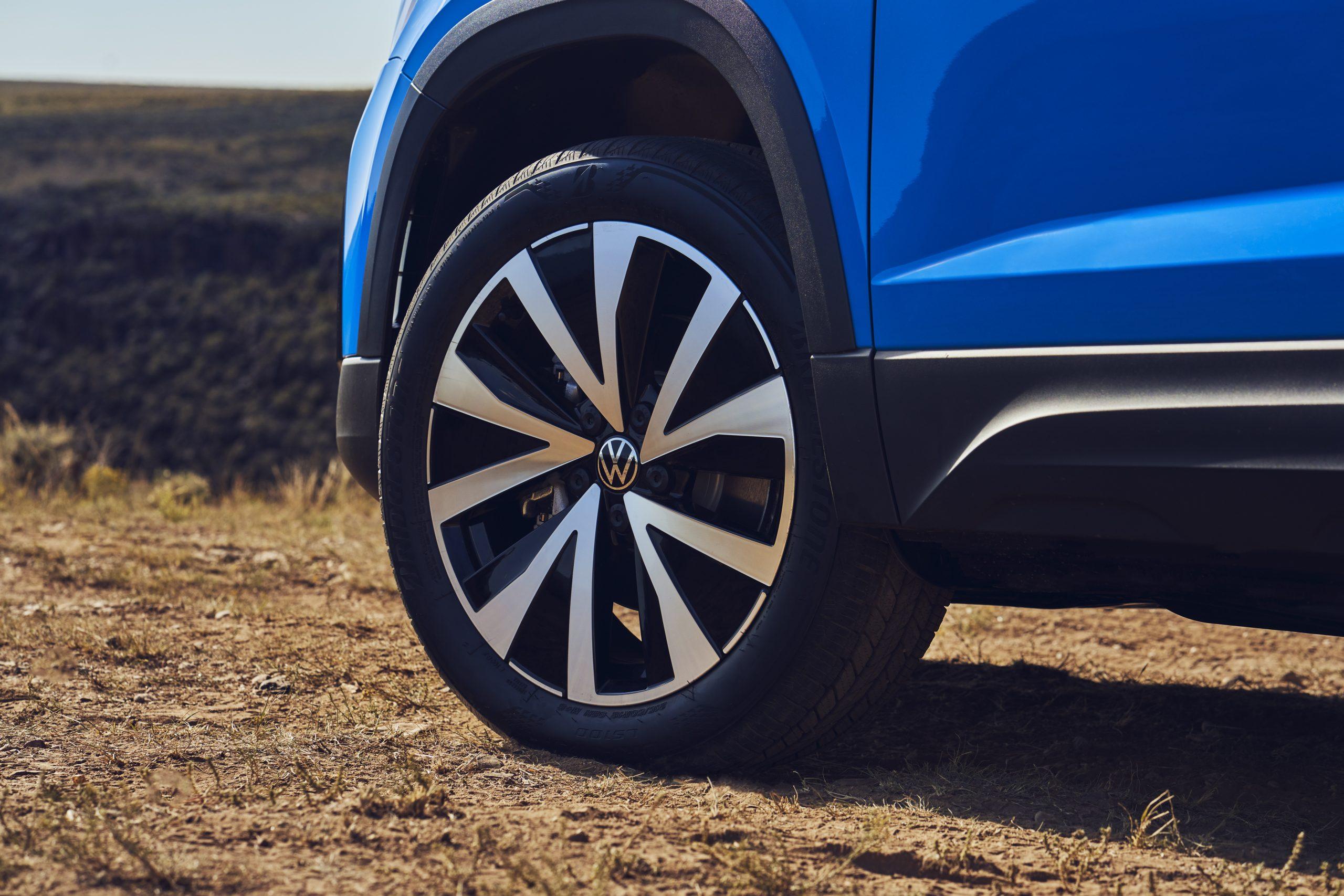 2022 Volkswagen Taos wheel