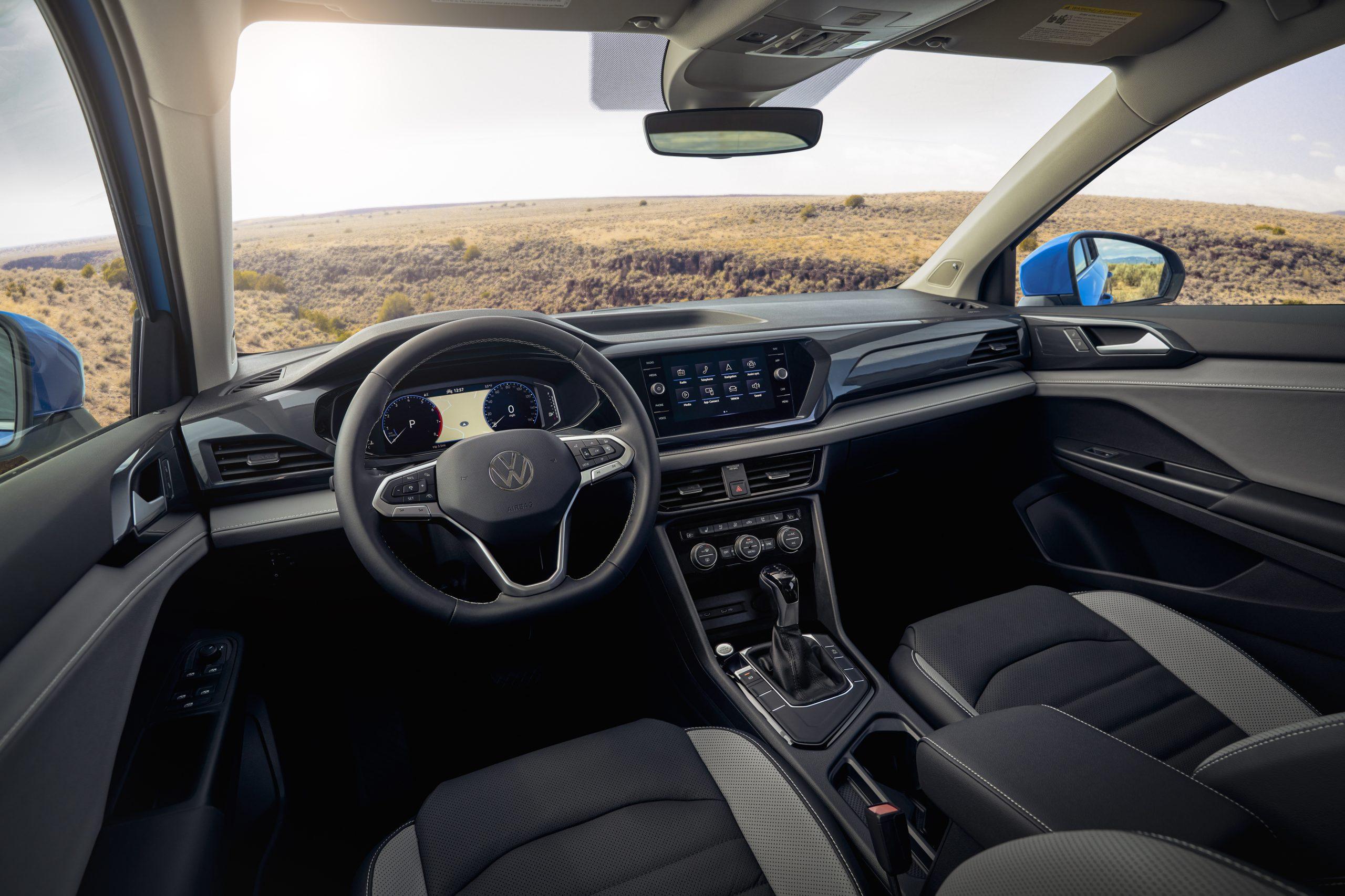 2022 Volkswagen Taos front interior
