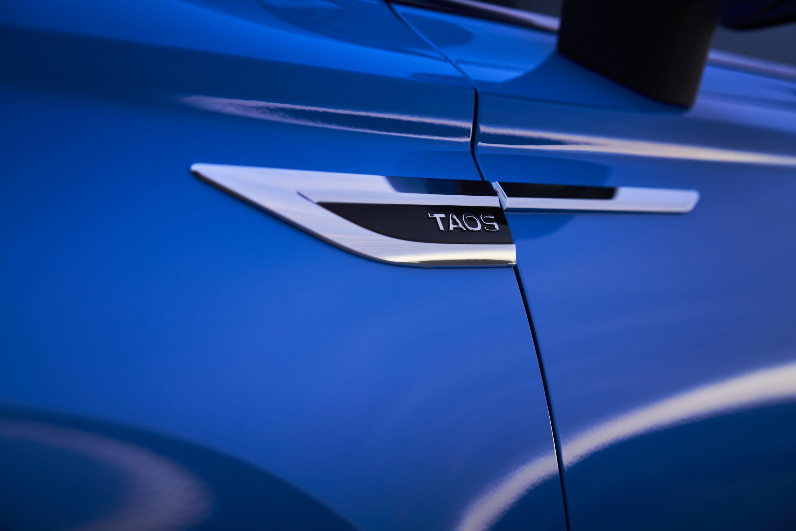 2022 Volkswagen Taos nameplate detail