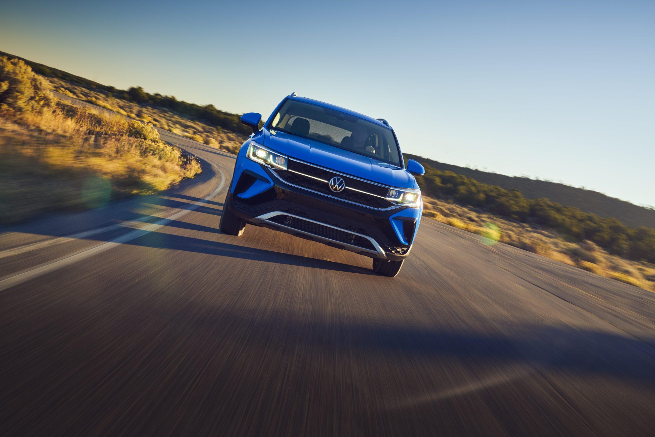2022 Volkswagen Taos head on driving shot