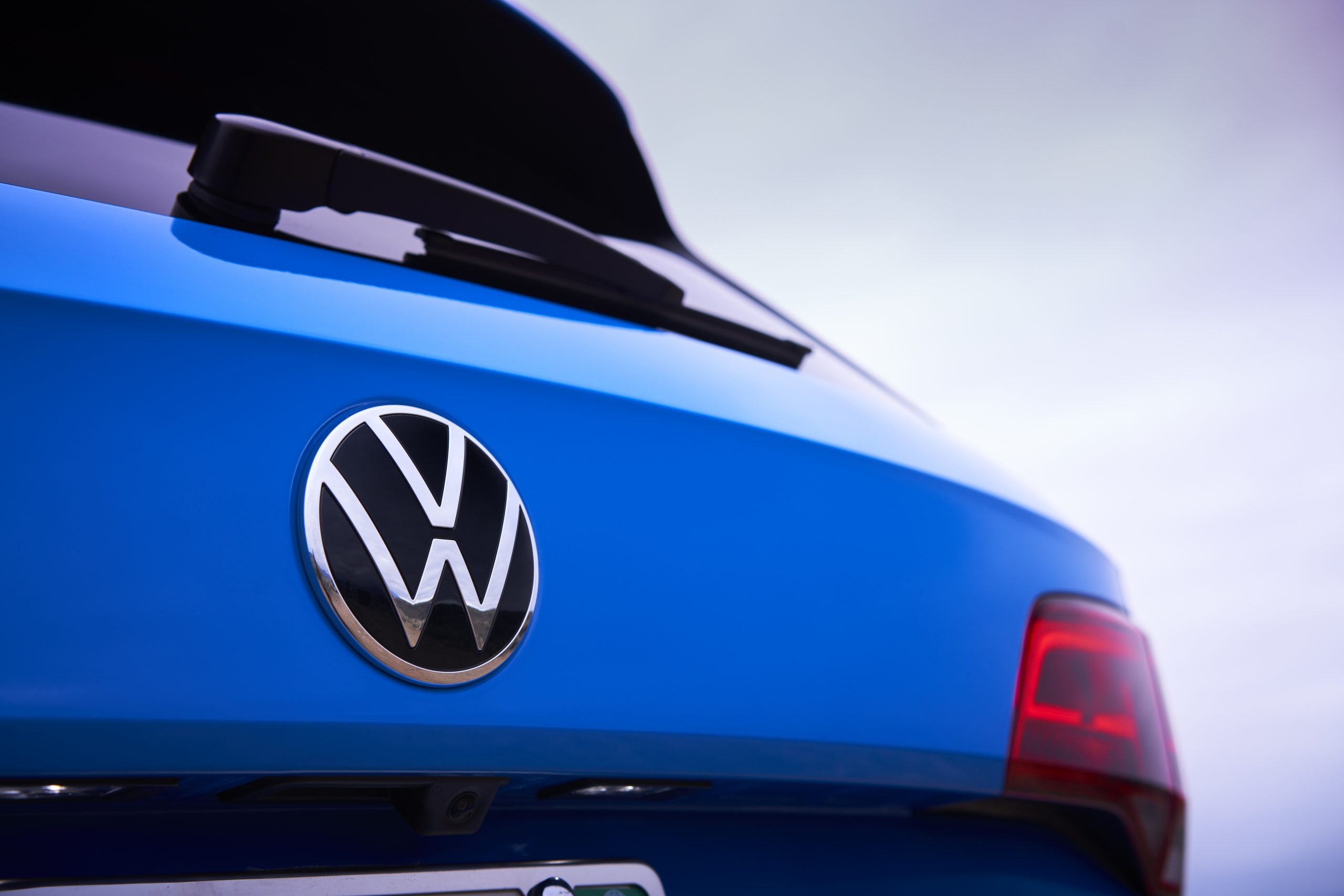 2022 Volkswagen Taos rear logo