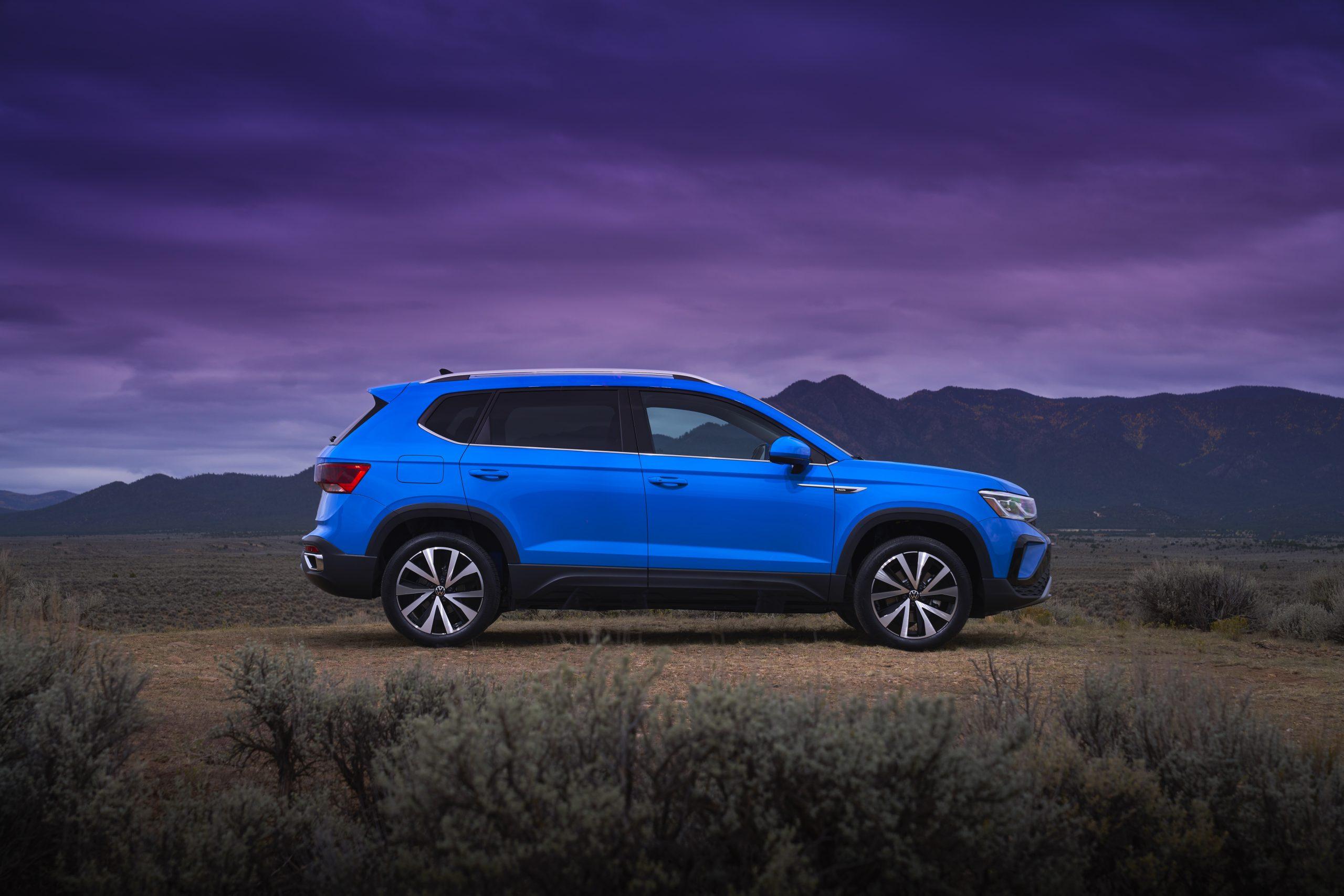 2022 Volkswagen Taos static side profile