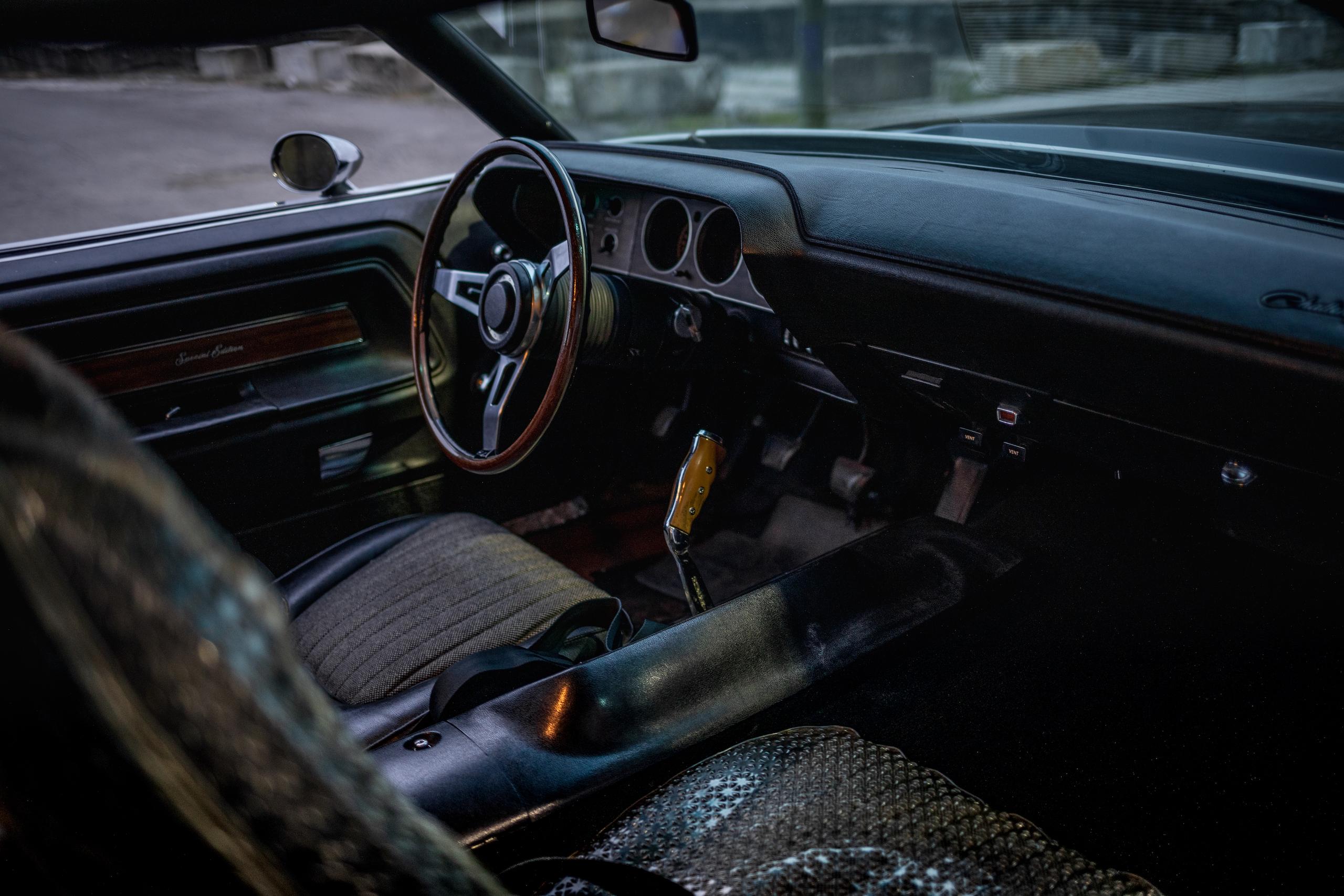 1970 Challenger interior front dash