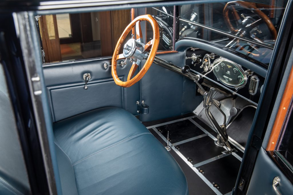 Duesenberg Model A interior