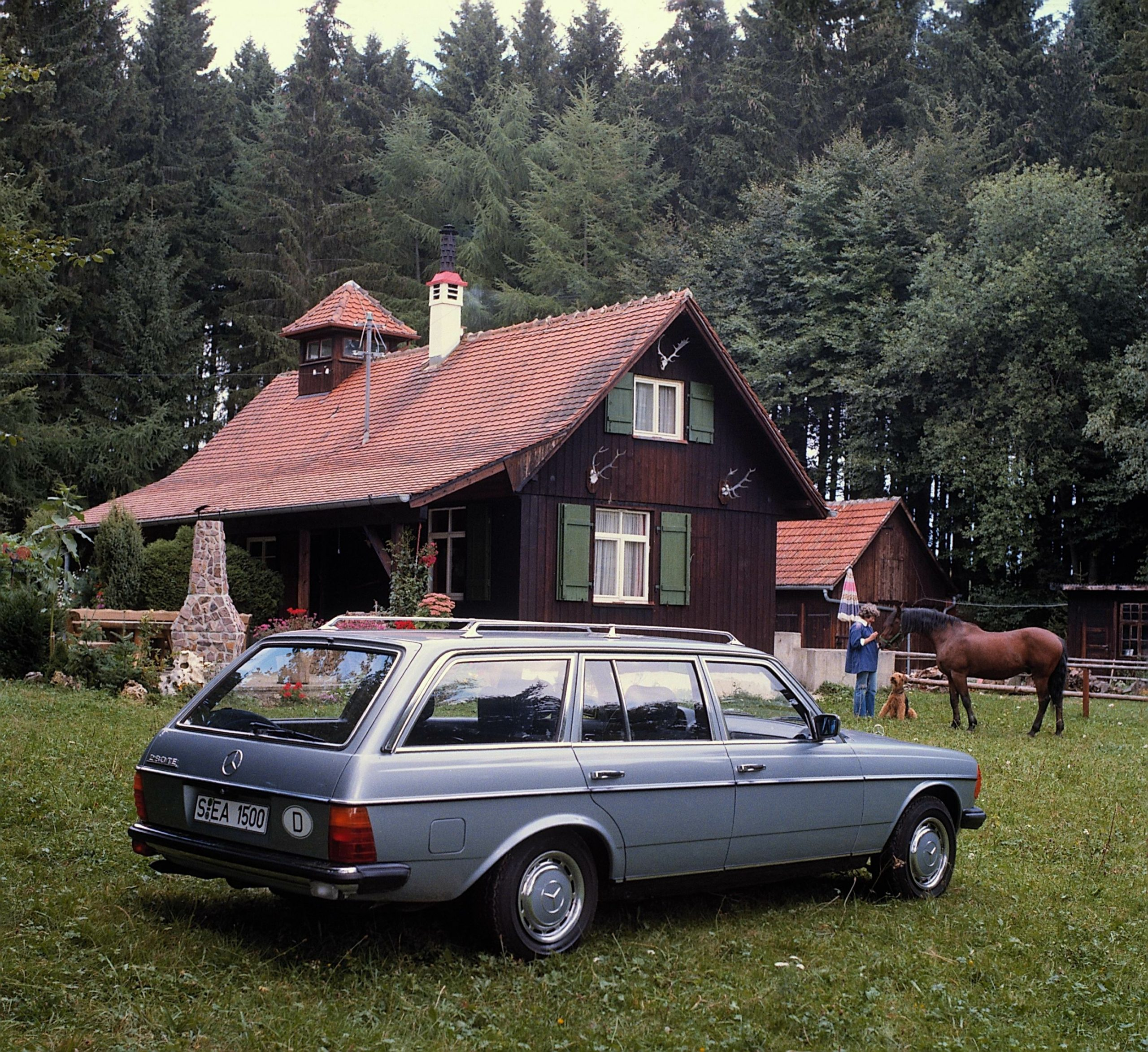 123 series station wagon Mercedes-Benz