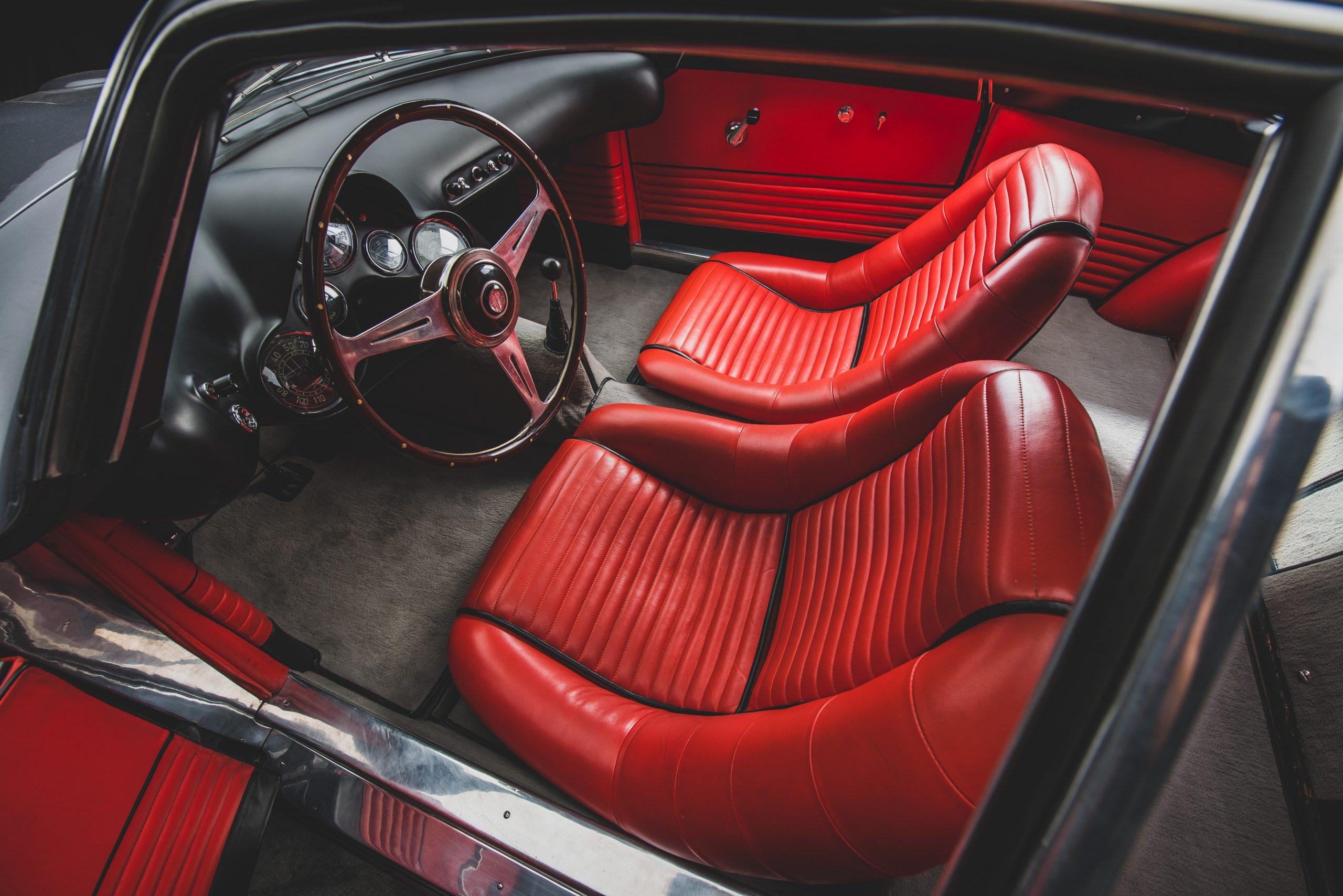 Alfa Romeo Berlina Aerodinamica Tecnica interior seats