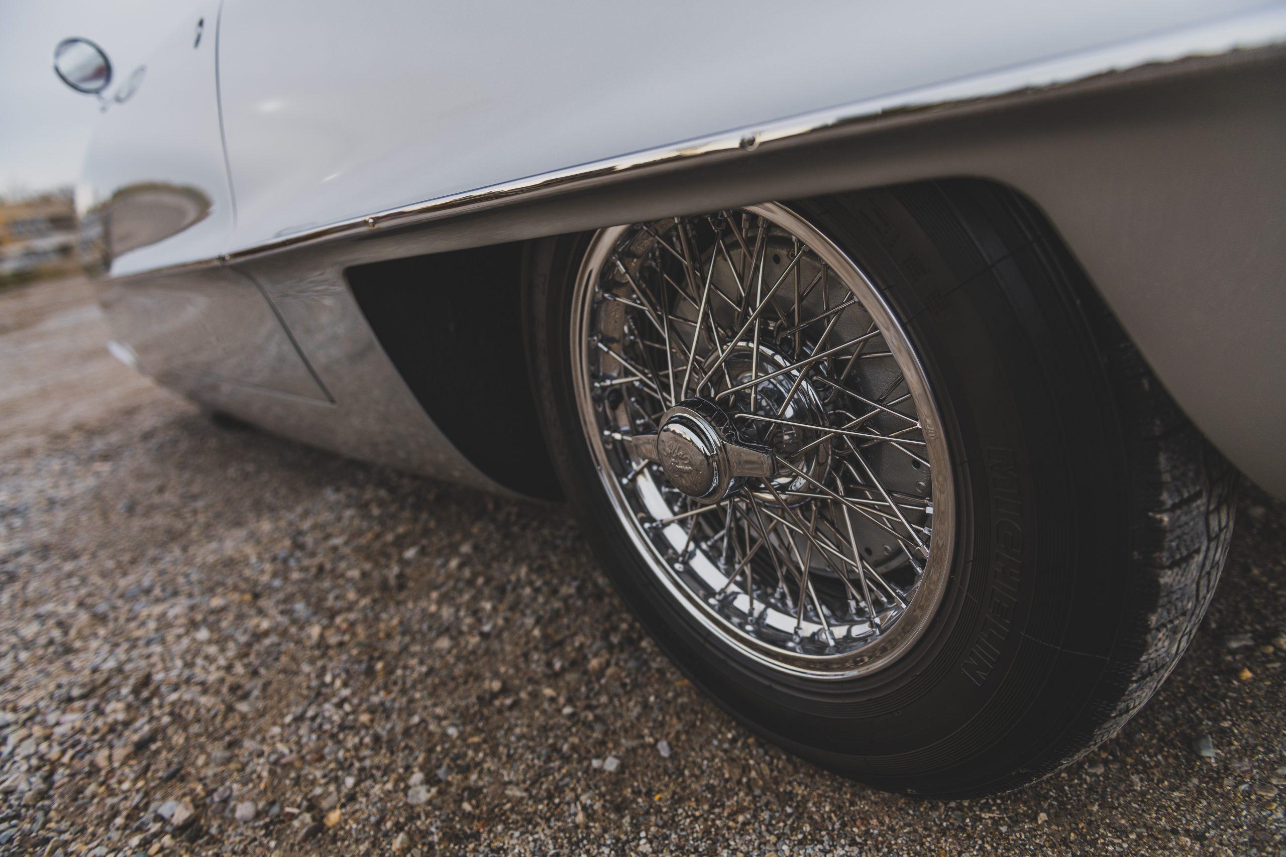 Alfa Romeo Berlina Aerodinamica Tecnica wire wheels
