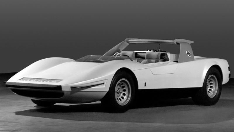 Alfa Romeo P33 Roadster front three-quarter