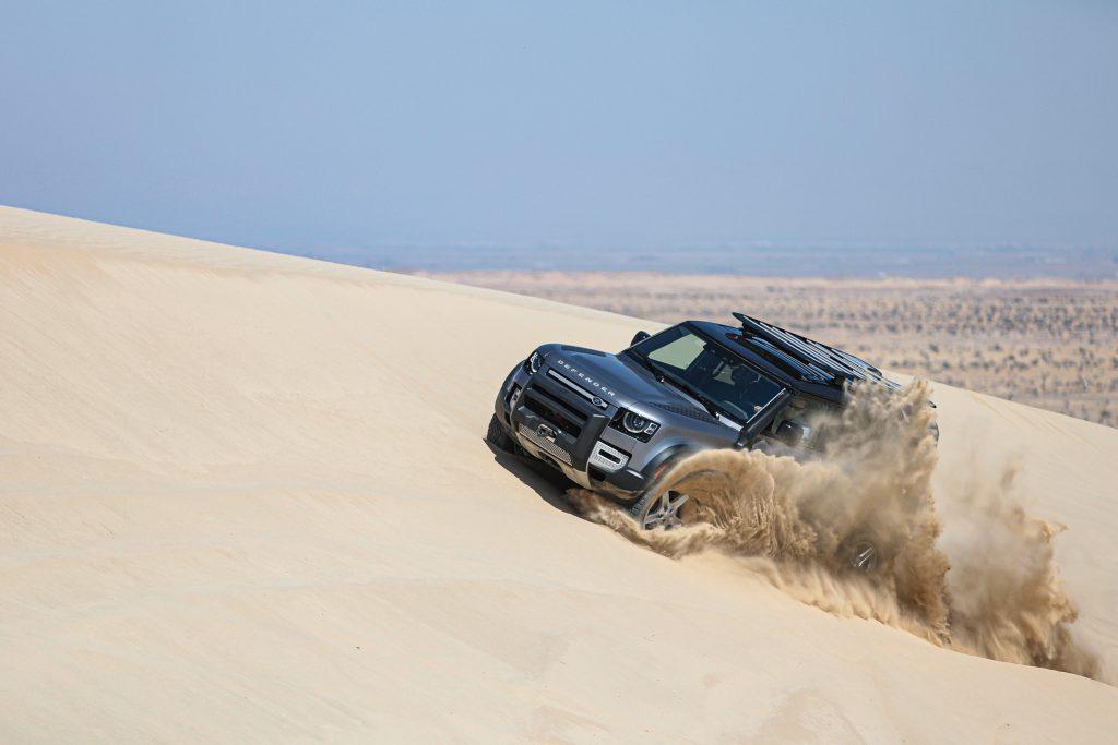 2020 Land Rover Defender Dunes